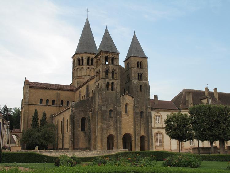 BEAUTÉS DE L'ÉGLISE CATHOLIQUE: SON CULTE, SES MOEURS ET SES USAGES; SUR LES FÊTES CHRÉTIENNES - Allemagne - 1857 Eglise_Paray_le_Monial