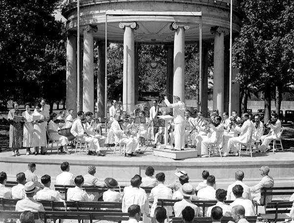 File:Federal Music Project Concert Popps Bandstand 1936.jpg