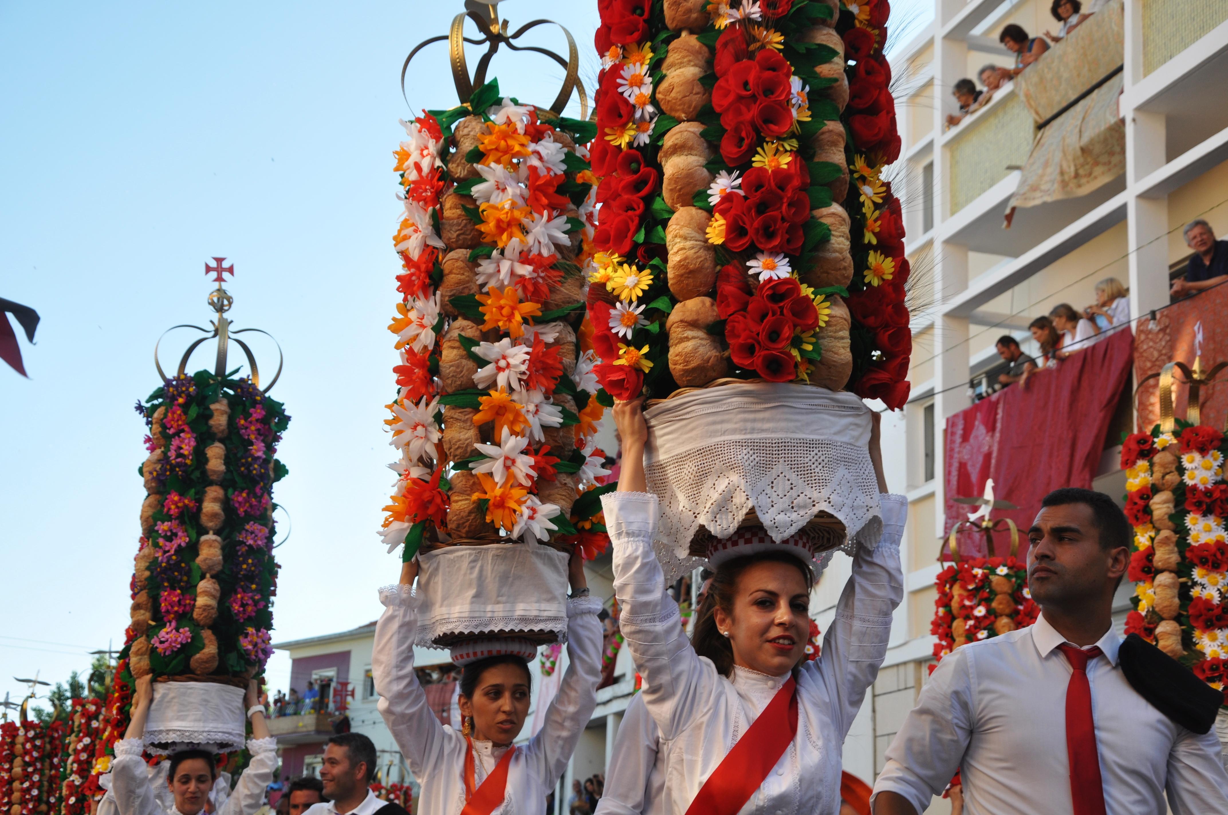 File Festa Dos Tabuleiros Tomar Portugal Cortejo Dos