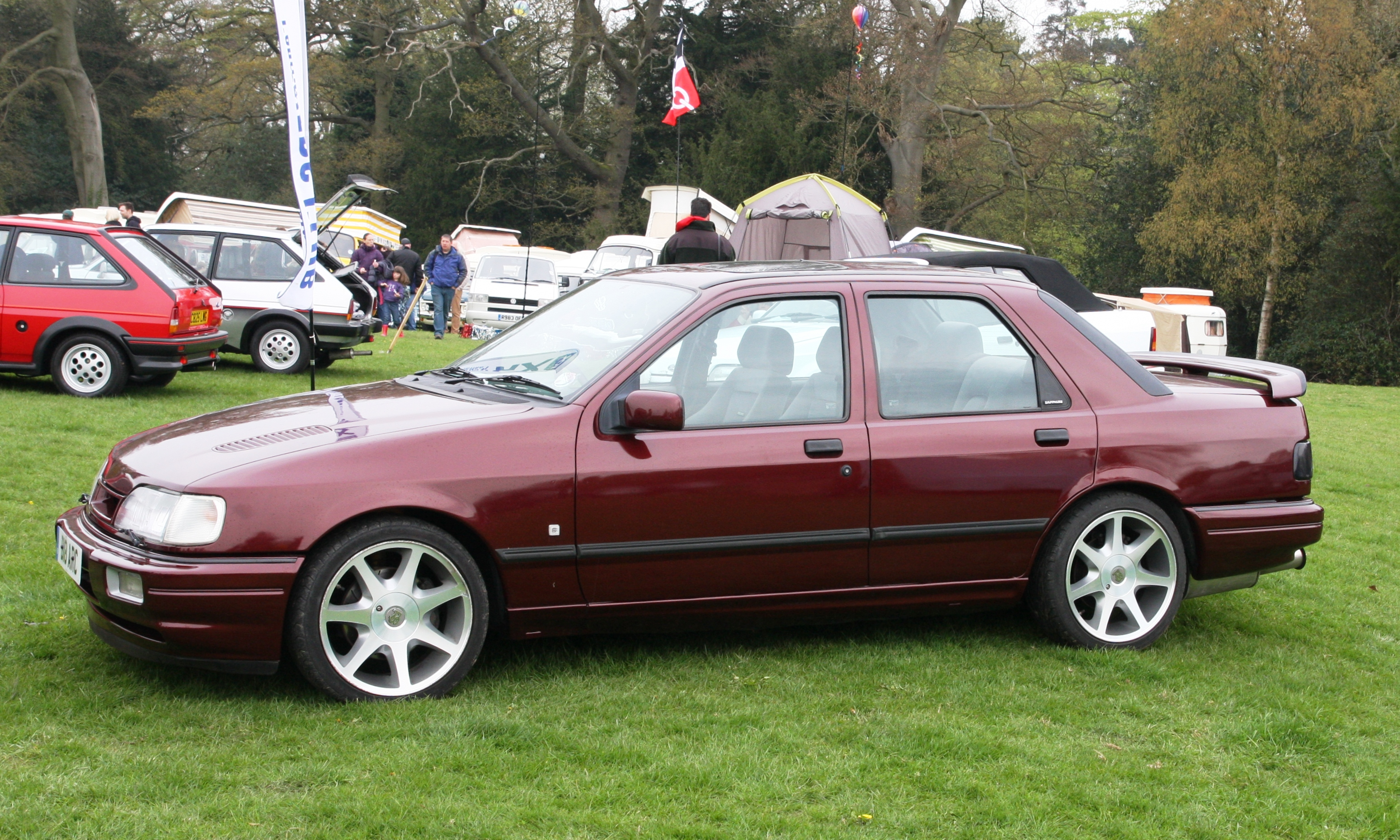 Ford Sierra Sapphire RS Cosworth 4x4 group A (1990) - Racing