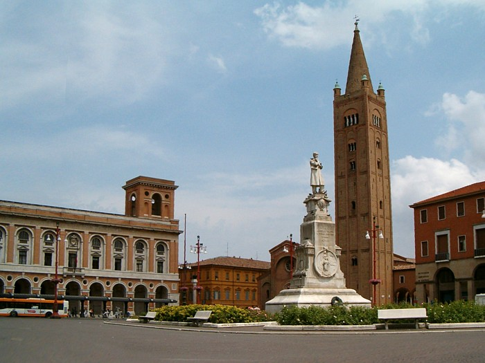 Cuneo attractions photo and description