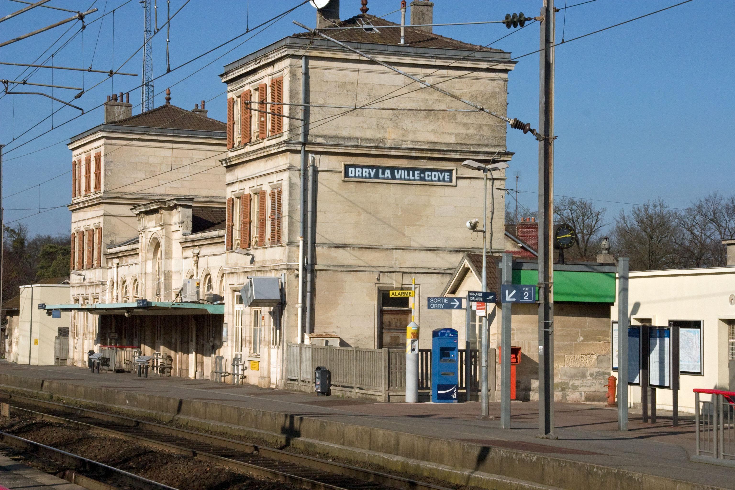 file gare de orry la ville coye crw 0875 jpg wikimedia commons