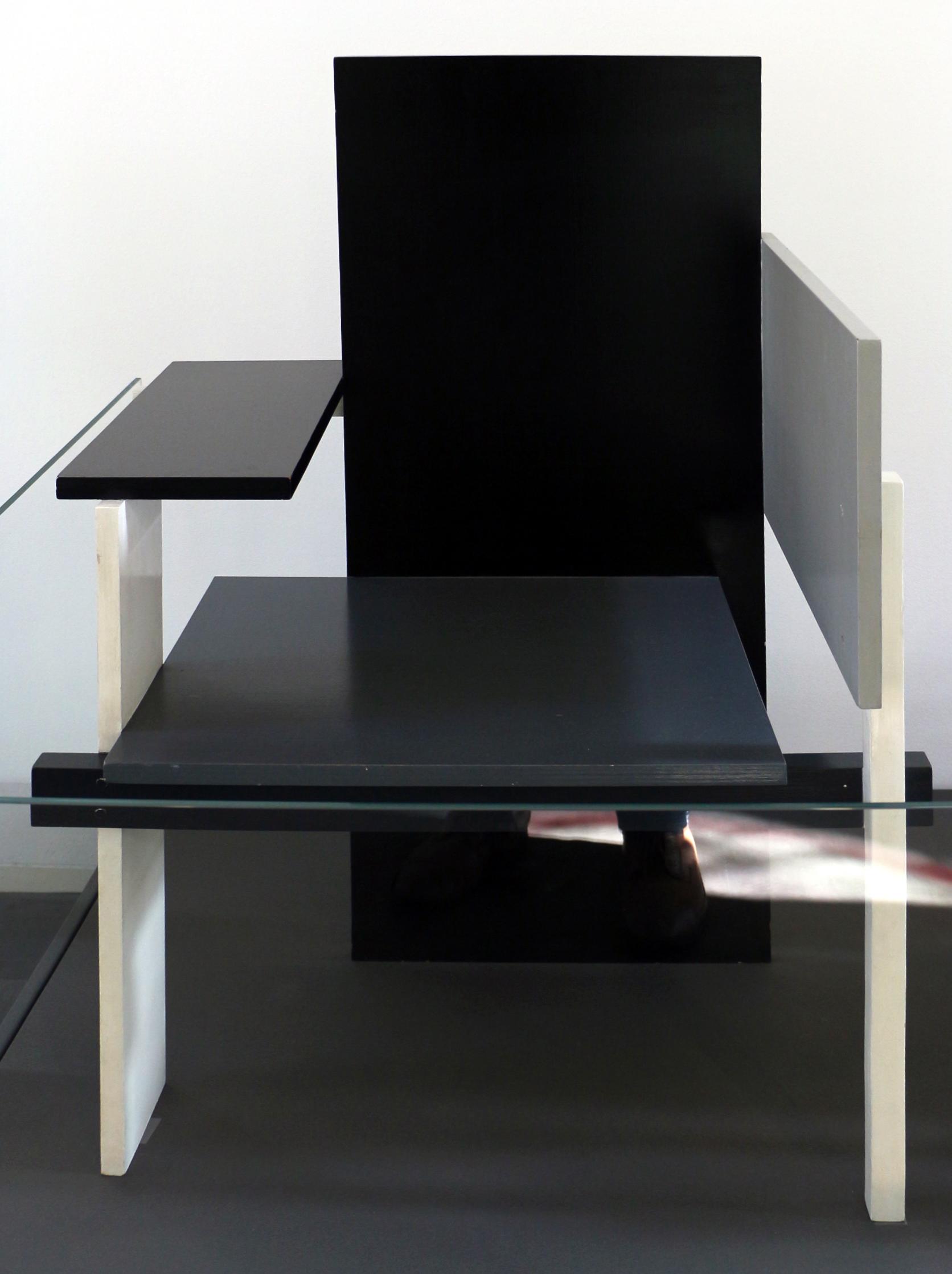 Sedia Design Rietveld.File Gerrit Rietveld Design E Gerard A Van De Groenekan