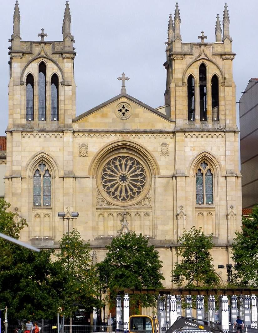 File:Gijon - Iglesia de San Lorenzo 01.JPG - Wikimedia Commons