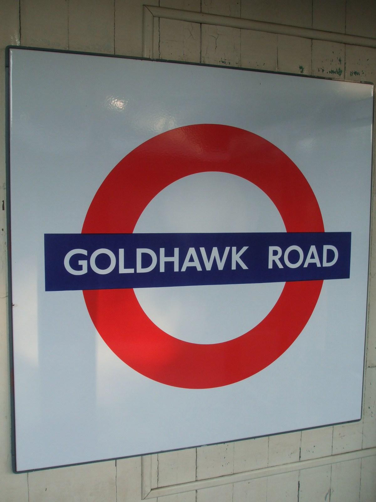 Goldhawk_road_stn_roundel.jpg