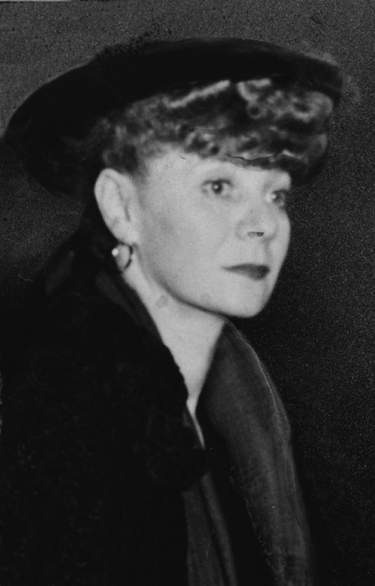 """helen tamiris biography Discussed in biography in helen tamiris her best-known concert piece, how long brethren (1937), depicted the despair of unemployed southern blacks and was danced to lawrence gellert's """"negro songs of protest"""" sung by an african american chorus."""