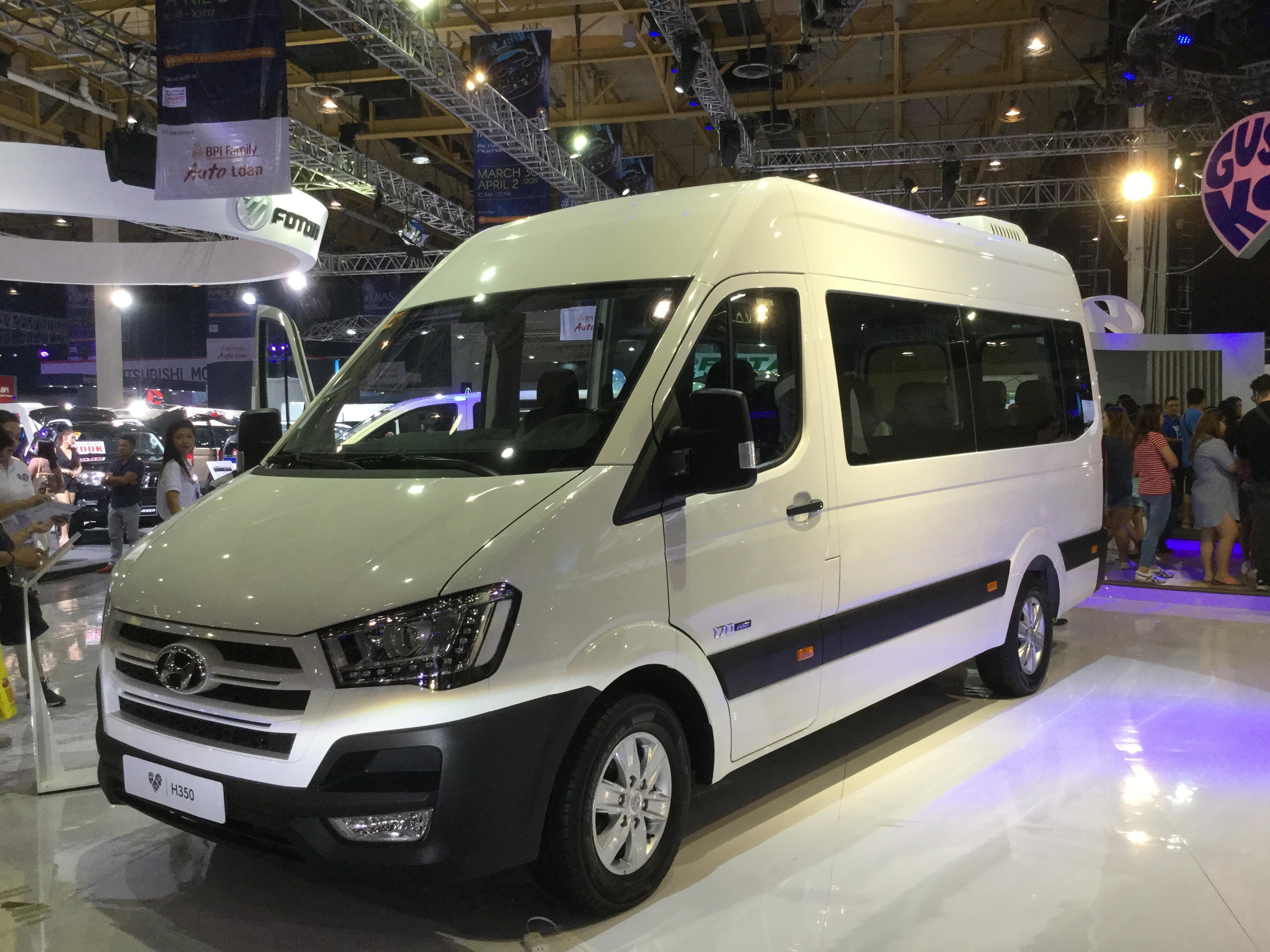 File:Hyundai H350 Side Left.jpg - Wikimedia Commons