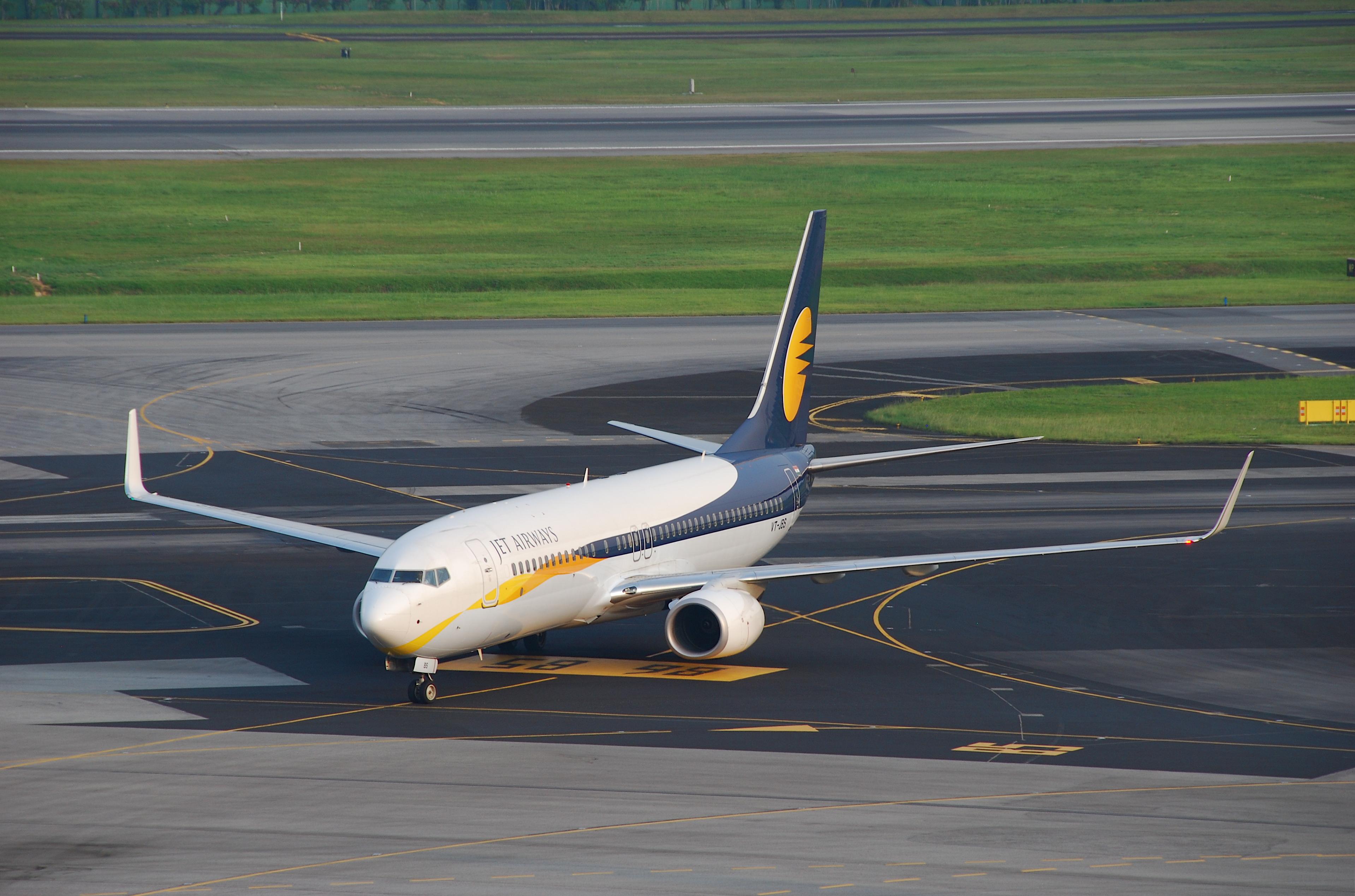 Resultado de imagen para Boeing 737-800 Jet Airways
