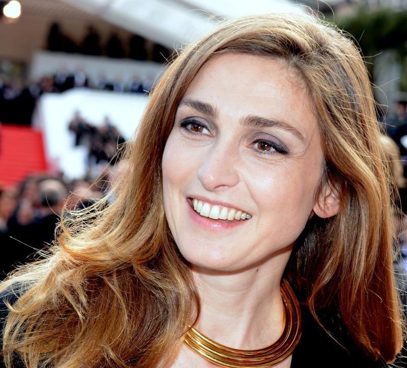 Julie Gayet photos 100