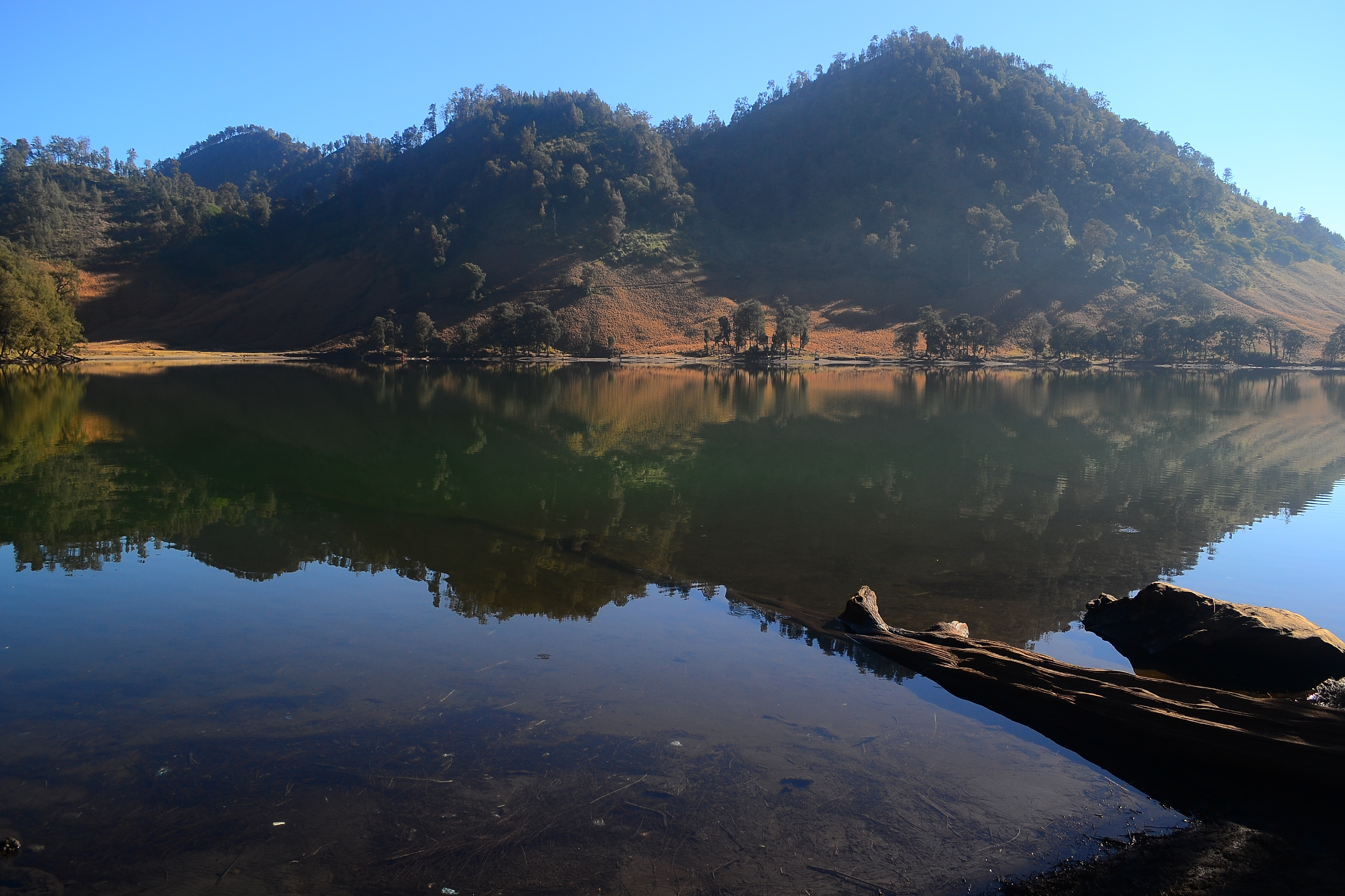File:Keindahan Ranu Kumbolo, Gunung Semeru, Malang, Jawa ...