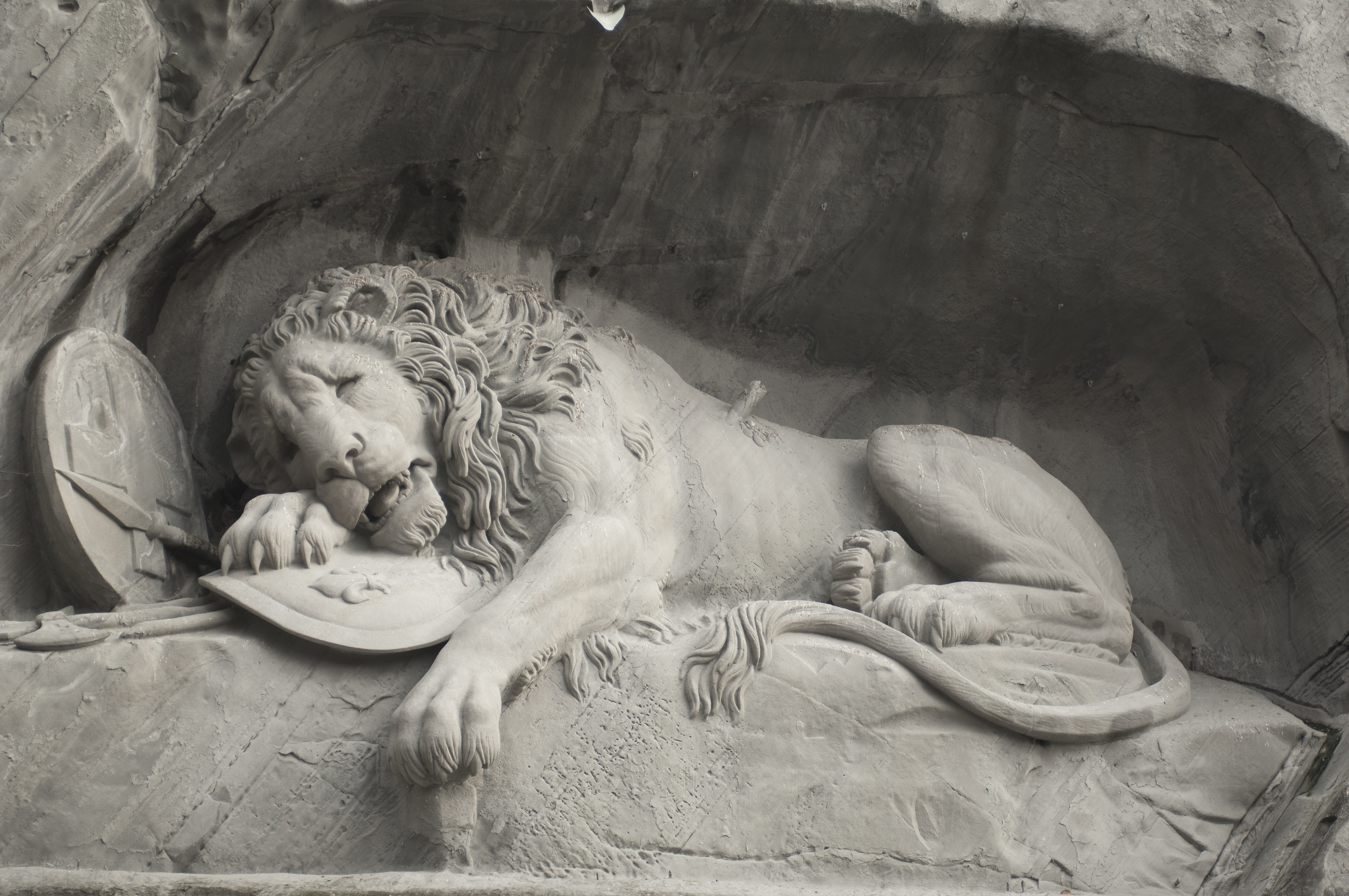 Löwendenkmal - The Lion Monument (Lucerne) 02.jpg