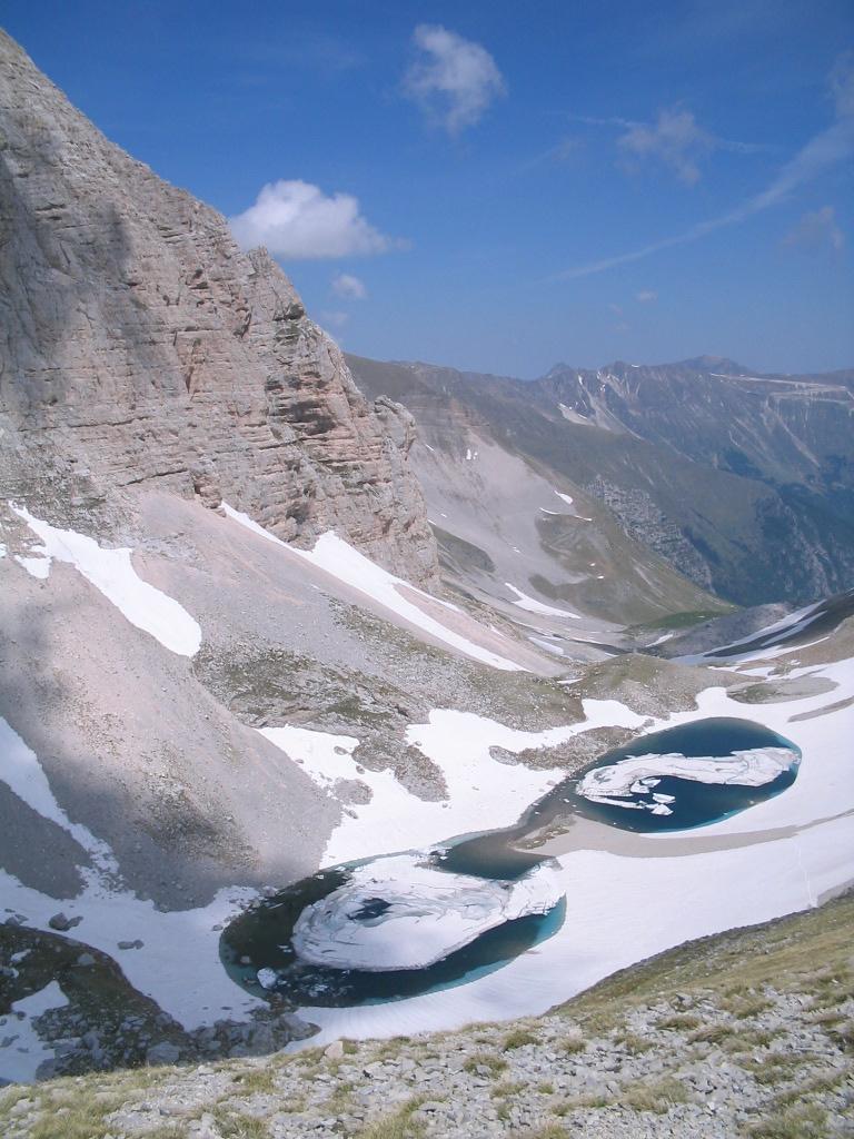 Lago di pilato wikivoyage guida turistica di viaggio for Disegni di laghi
