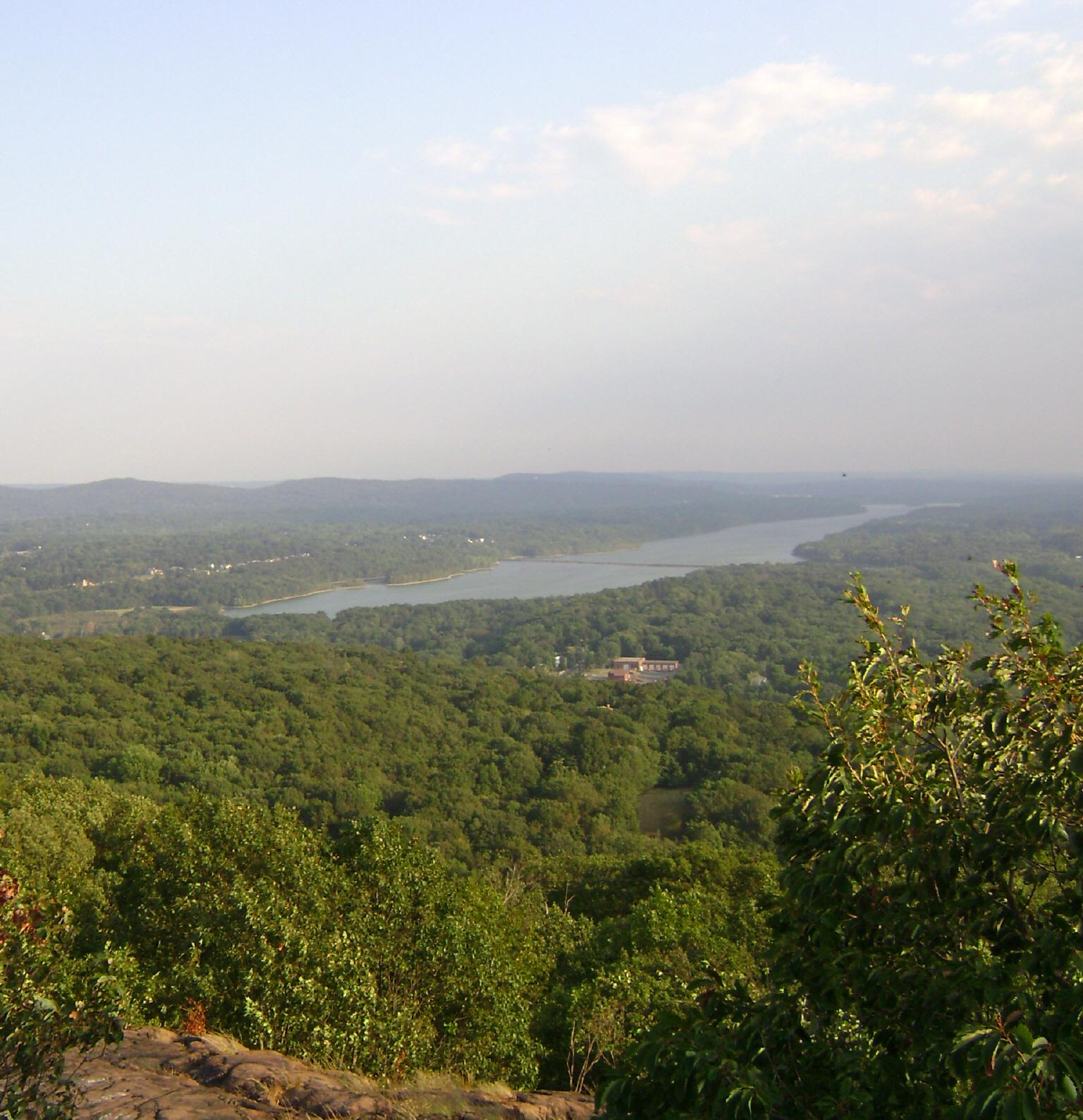 Lake DeForest - Wikipedia
