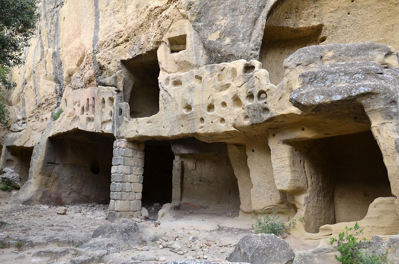 Grottes de Calès - Les Alpilles : 5 endroits à voir absolument !
