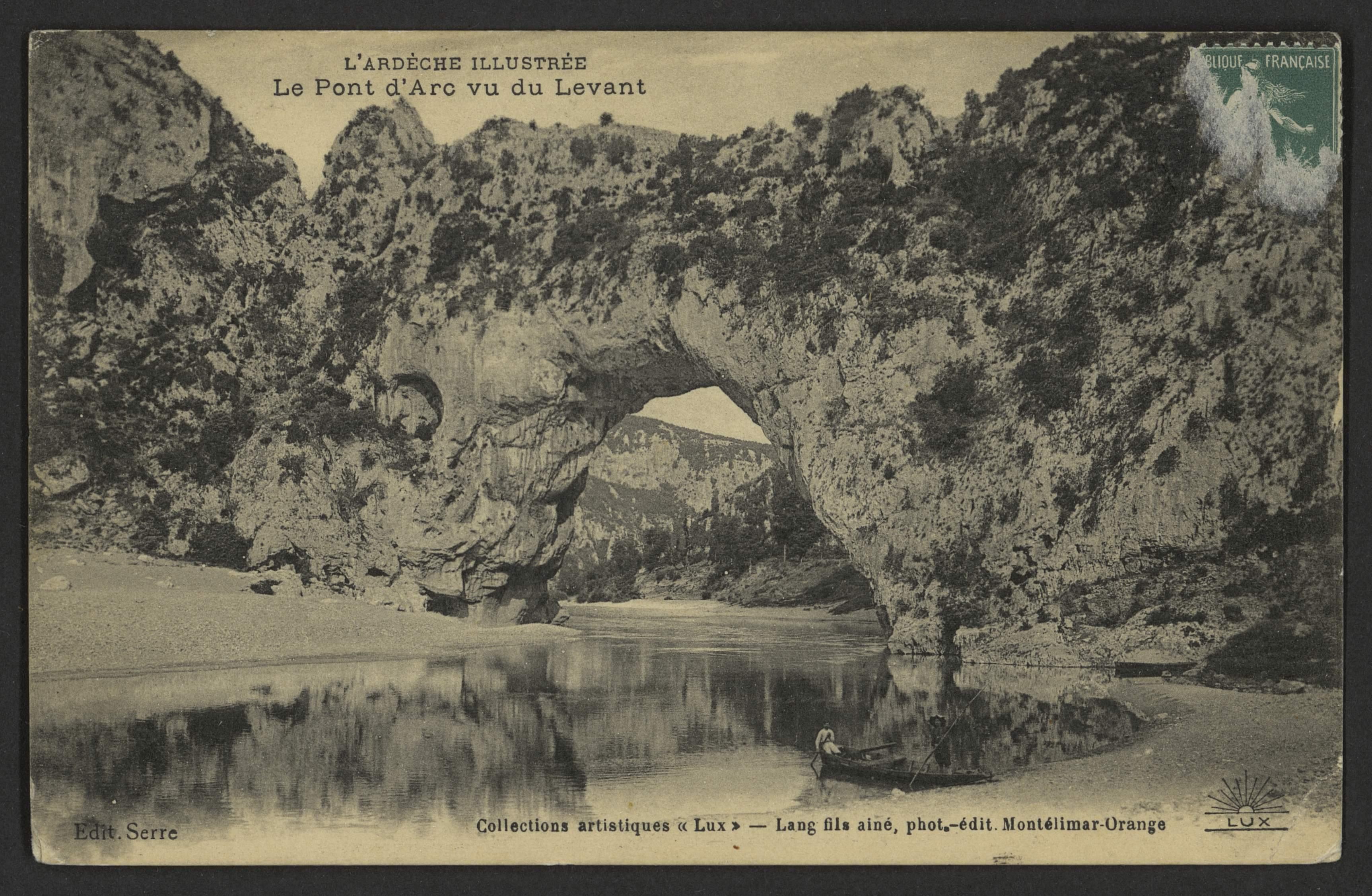 File Le Pont D Arc Vu Du Levant 33762126083 Jpg