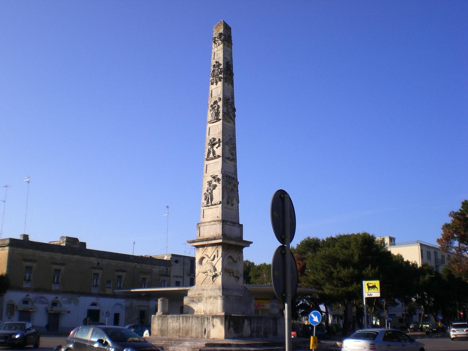 Risultati immagini per obelisco lecce