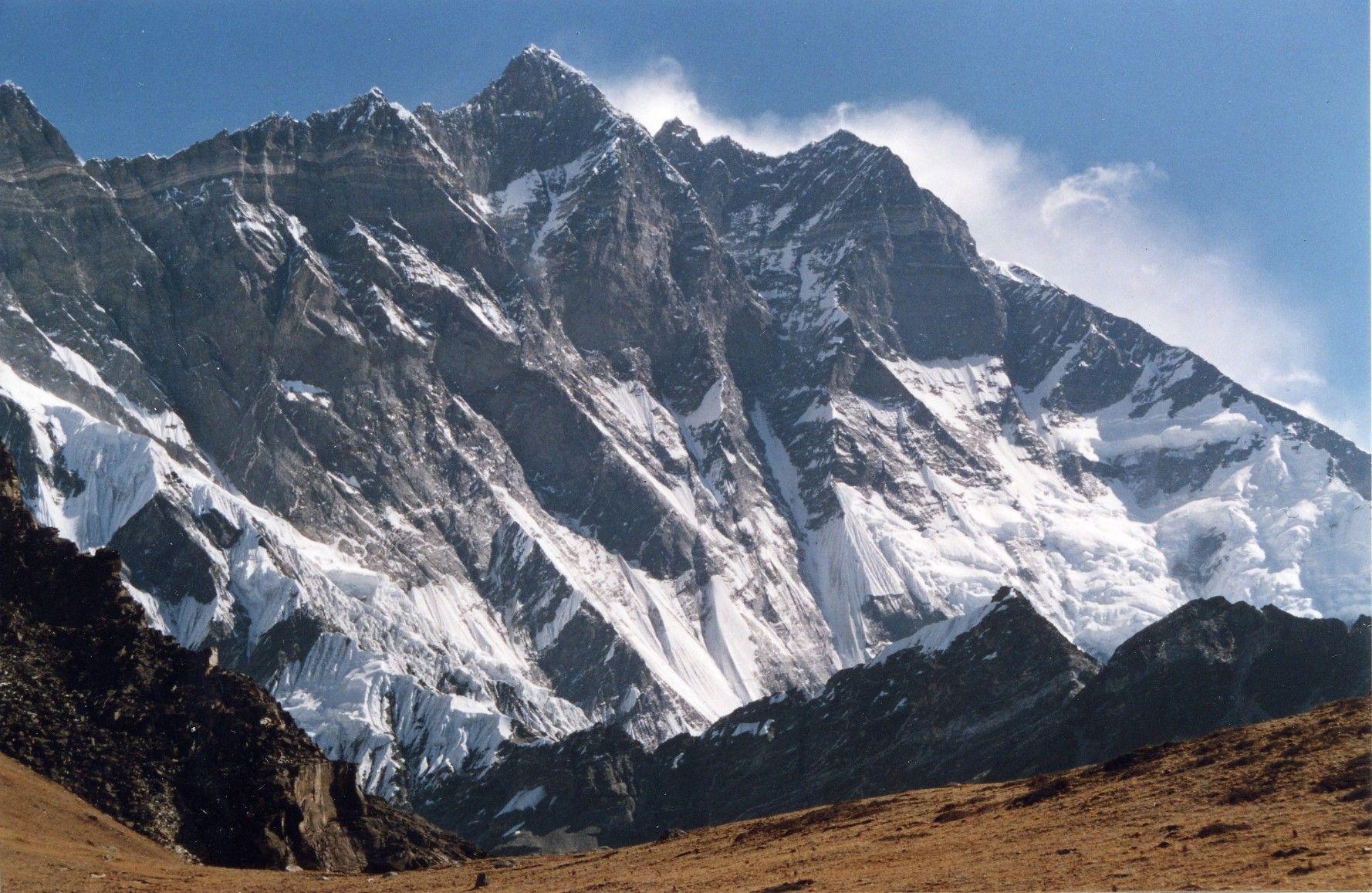 Lhotse fromChukhungRi