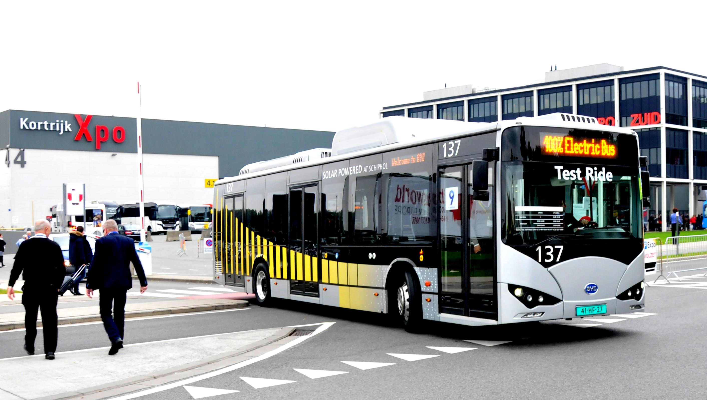 Afbeeldingsresultaat voor elektrische bus schiphol