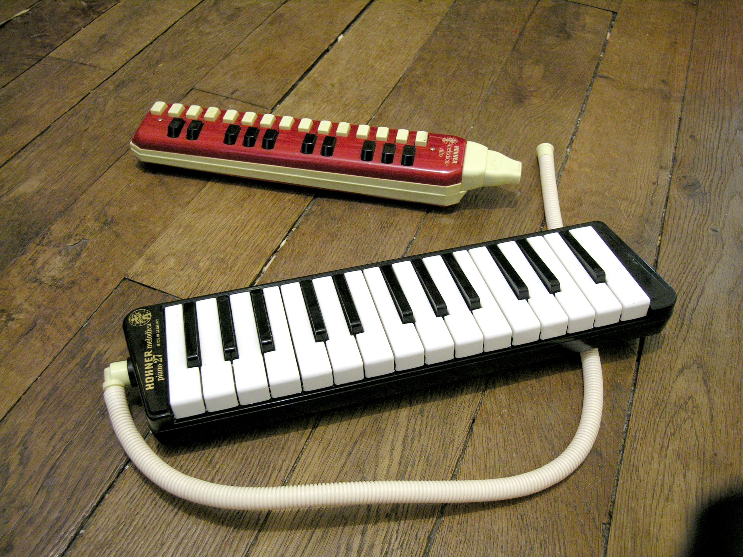 Wikimedia Commons - melodika