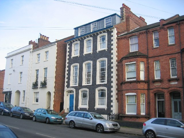 File Mixture Of Building Styles In Grove Street Geograph Org Uk
