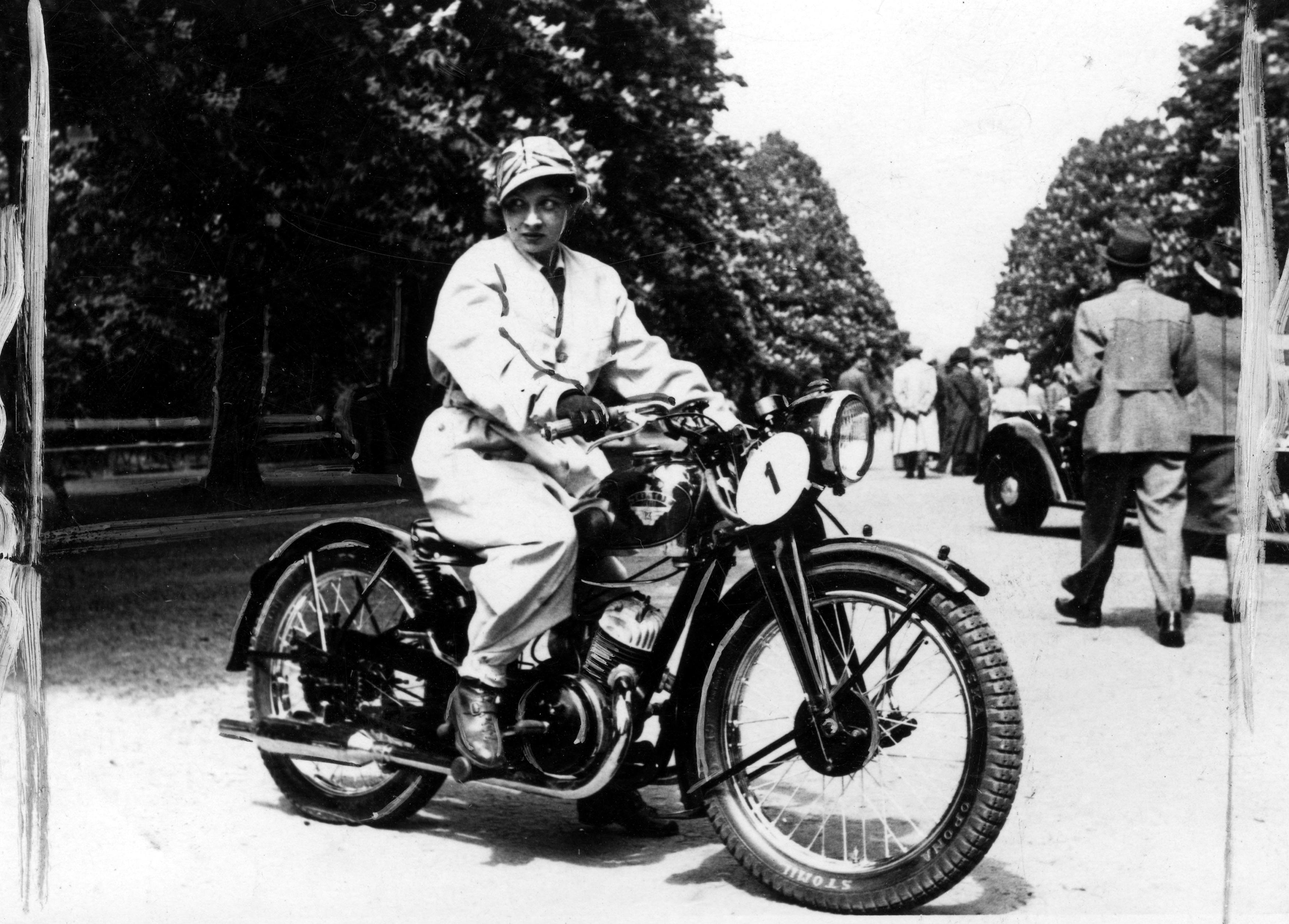 Motocykl_Sok%C3%B3%C5%82_200.jpg