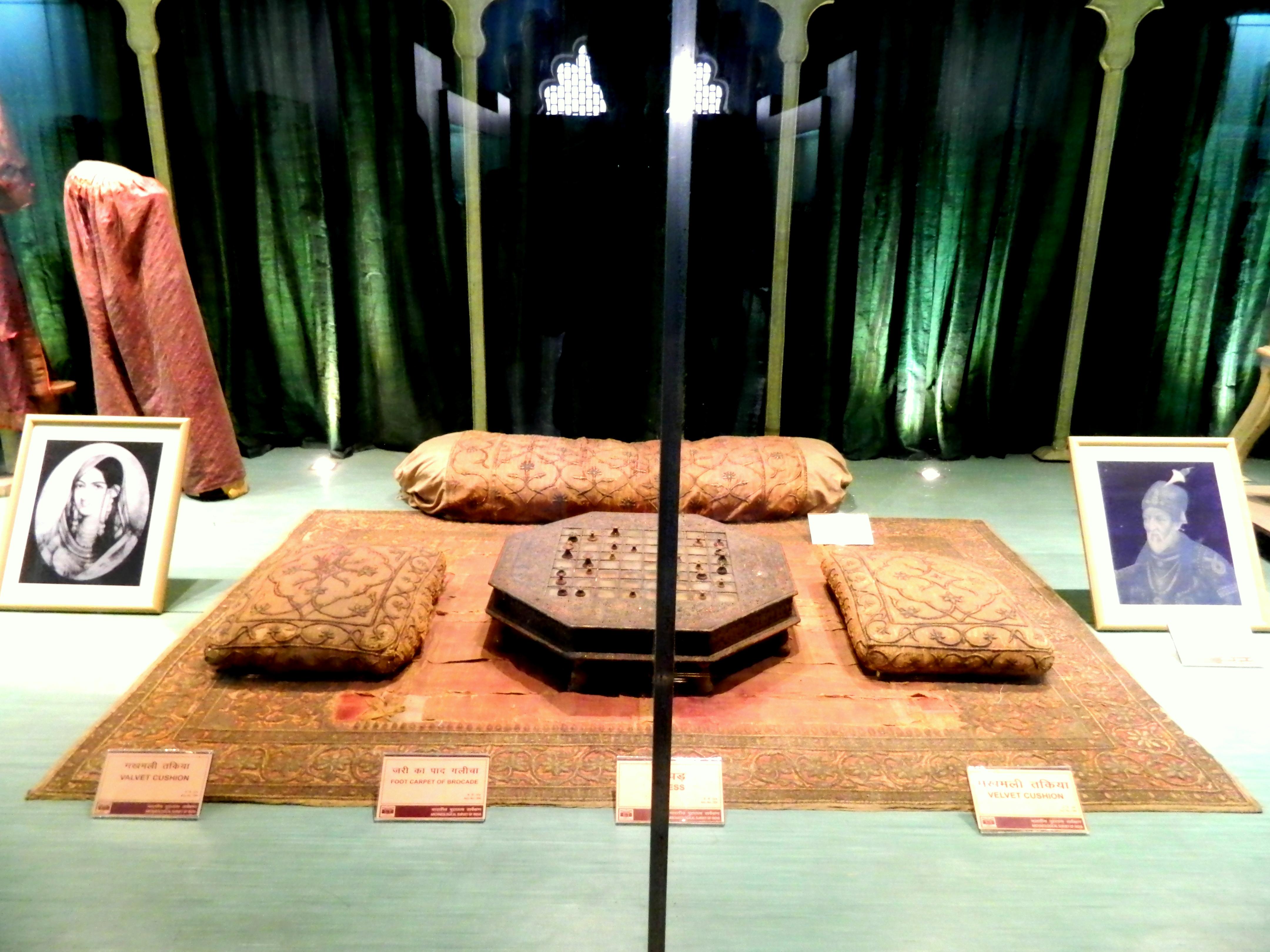 File Mumtaz Mahal Museum Red Fort11 Jpg Wikimedia Commons