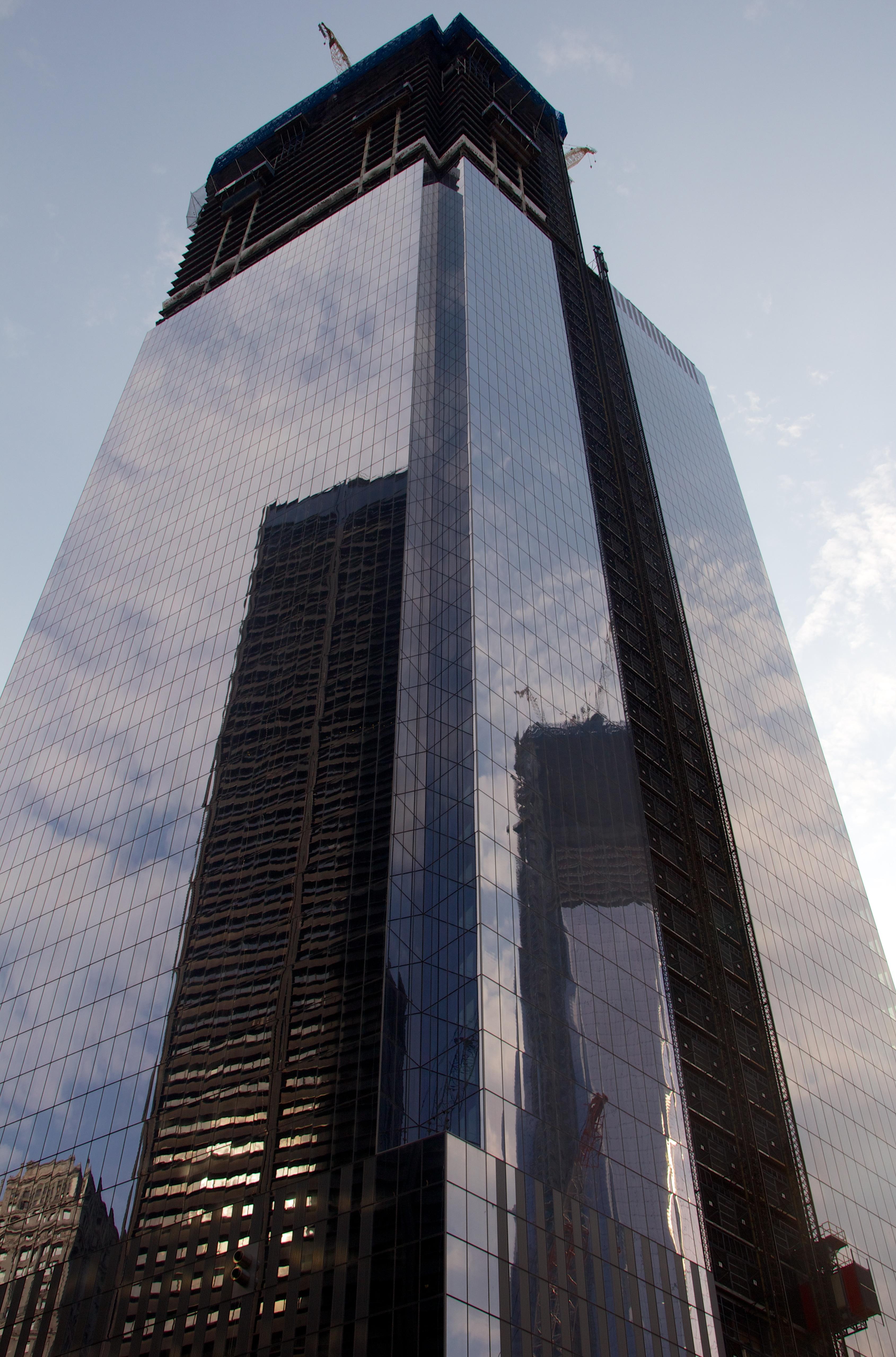 World Trade Center Construction : File one world trade center under construction