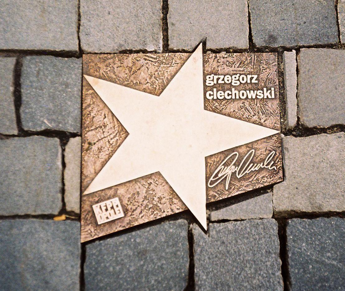 Plik Opole Aleja Gwiazd Ciechowski Jpg Wikipedia Wolna Encyklopedia