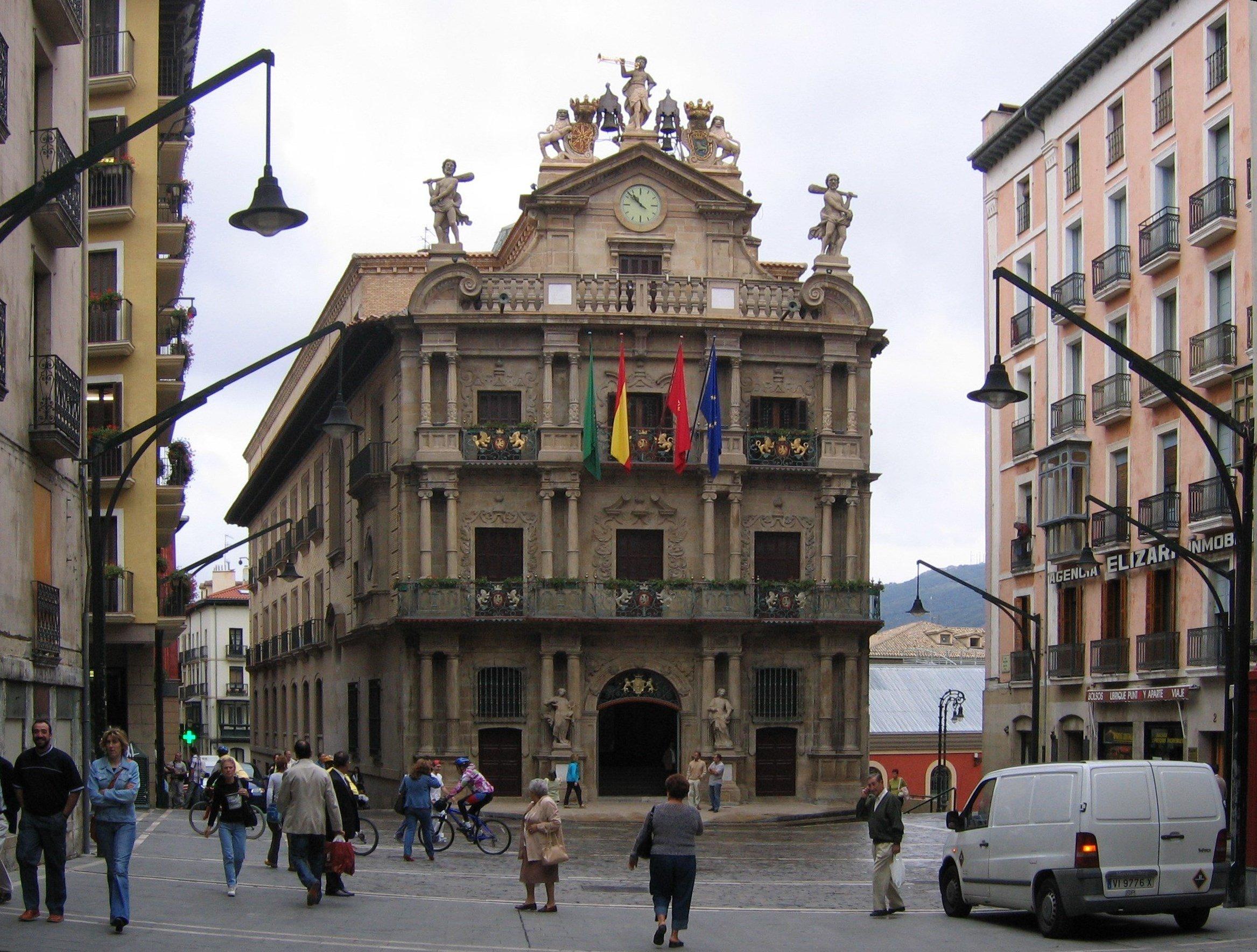 Casa consistorial de Pamplona - Wikipedia, la enciclopedia libre