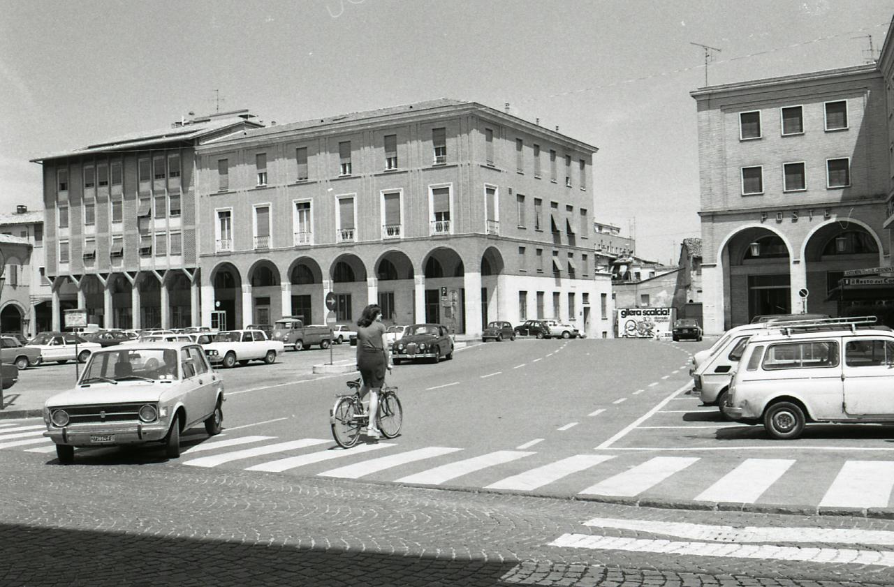 file paolo monti servizio fotografico cesena 1974