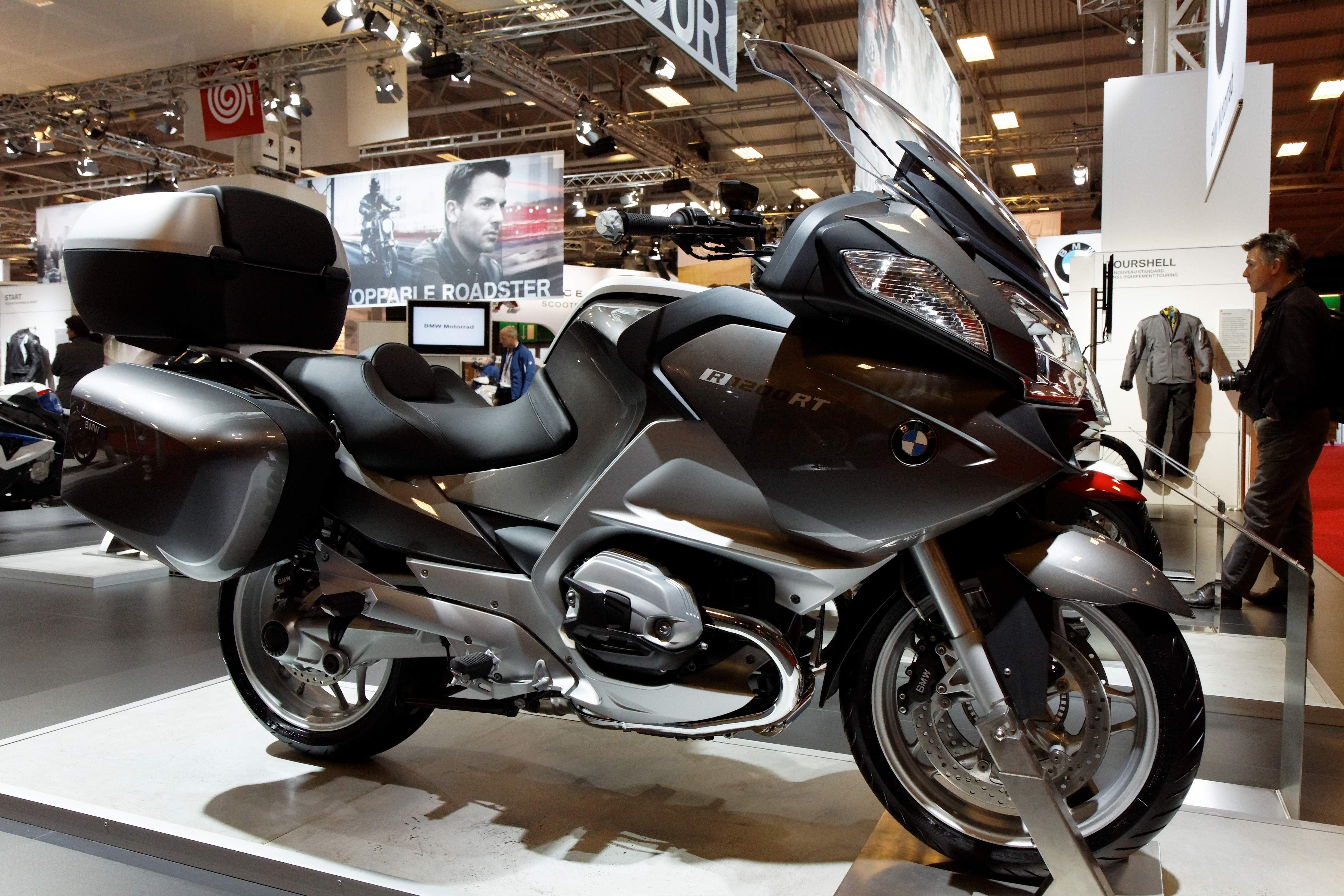 file paris salon de la moto 2011 bmw r 1200 rt. Black Bedroom Furniture Sets. Home Design Ideas
