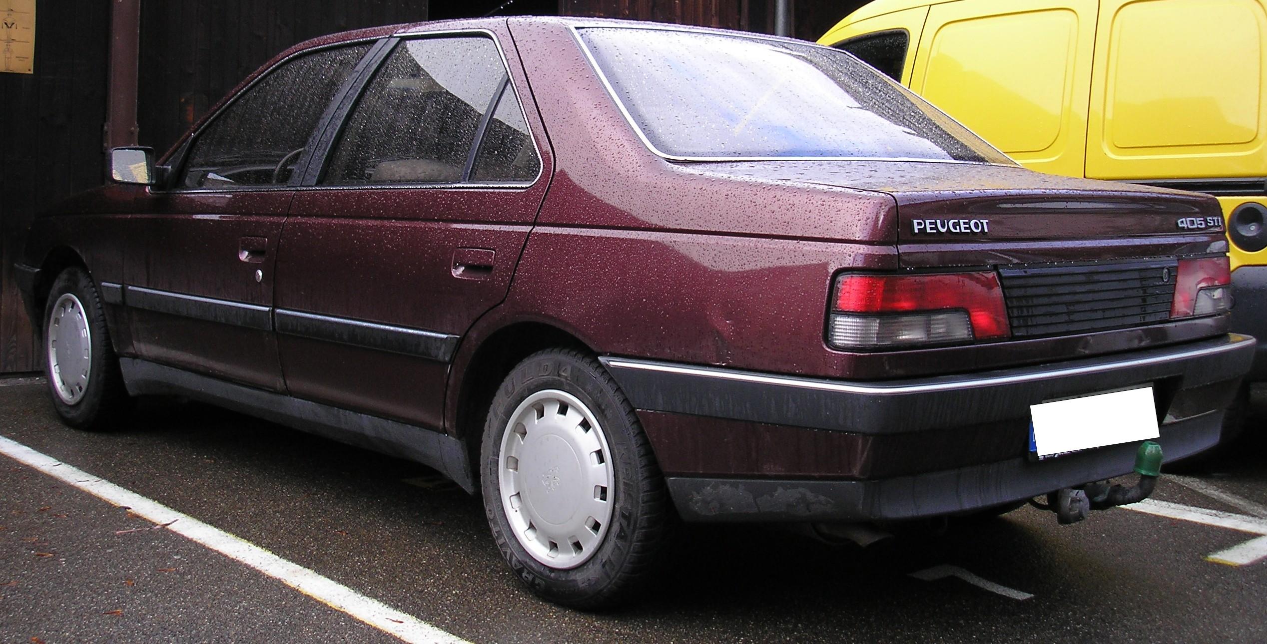 File:Peugeot 405 Rouge Rear.jpg