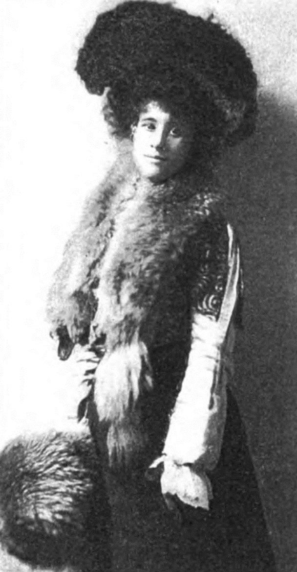 Winnifred Eaton c. 1903