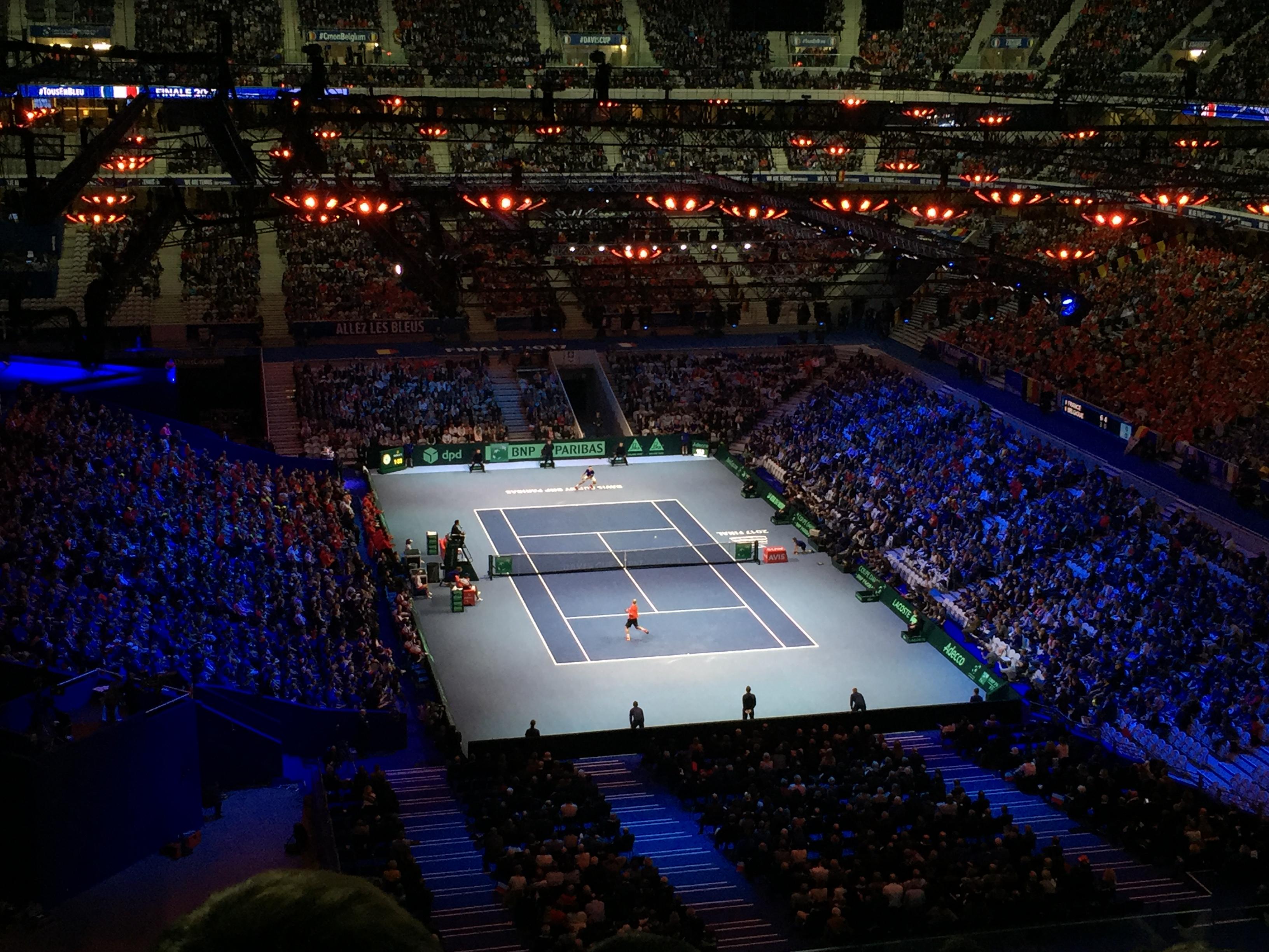 Pierre_Mauroy_Stadium_Tennis.jpg