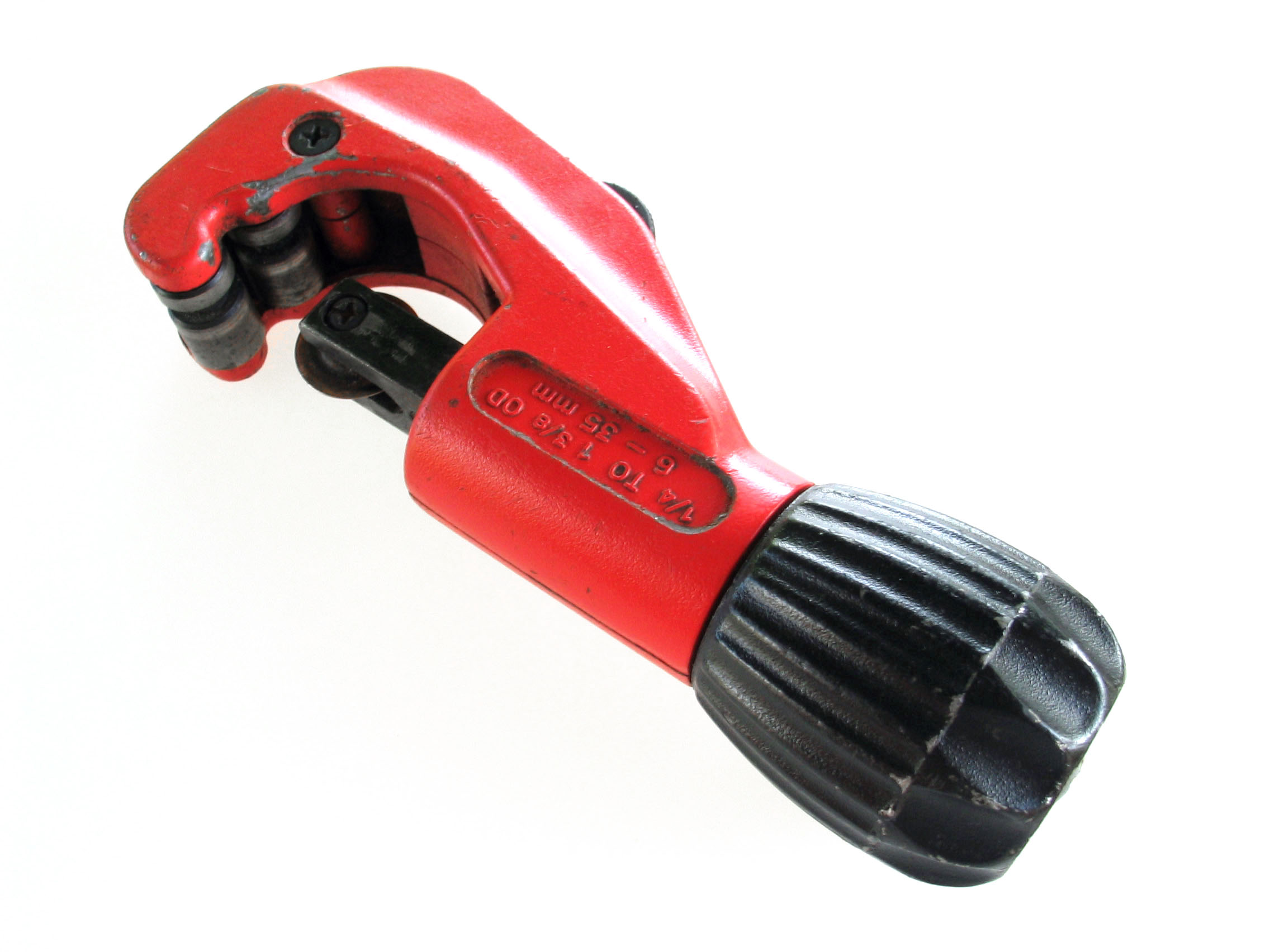 Pipecutter Wikipedia Diagram General Plumbing And Piping
