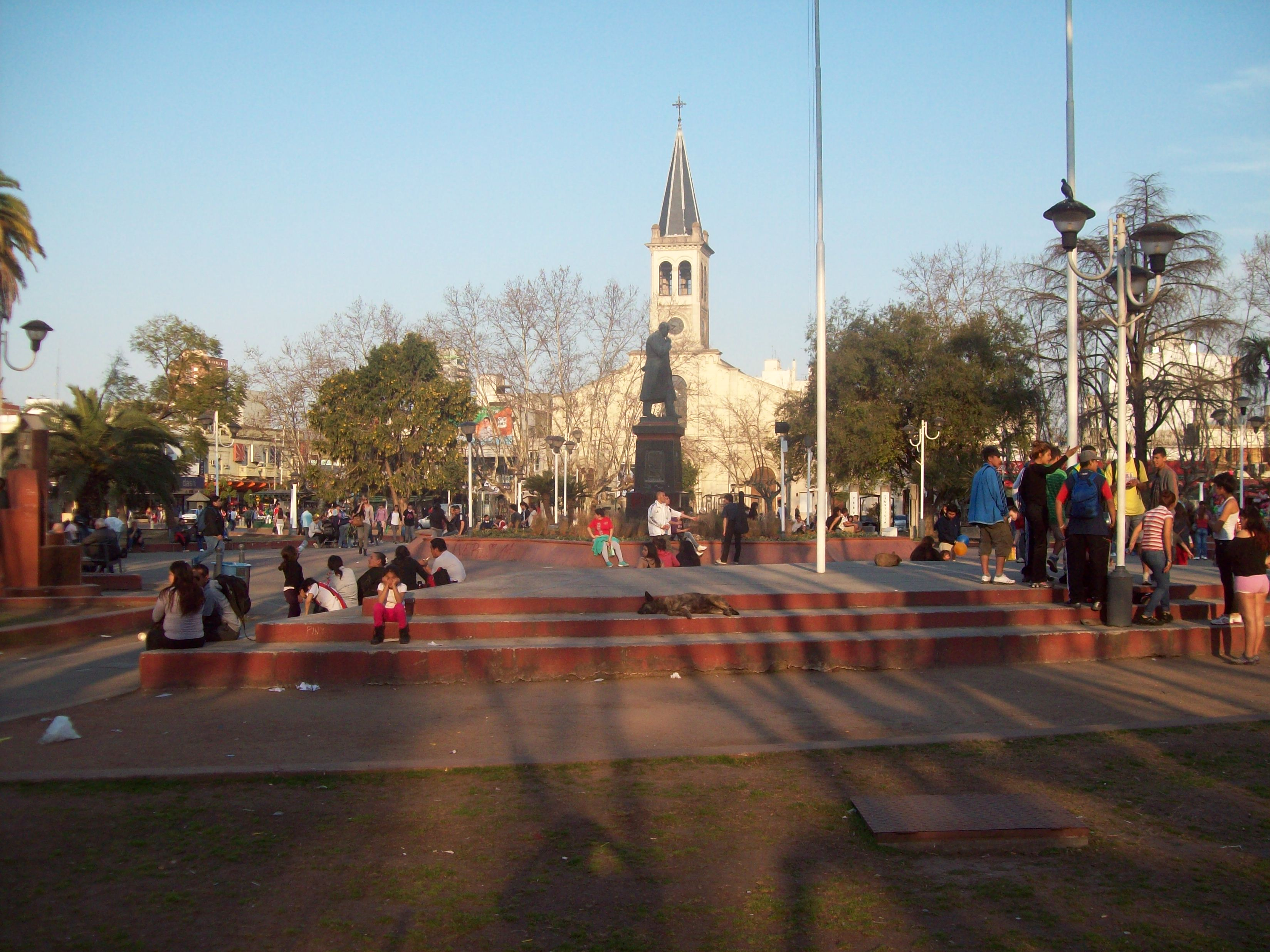 File Plaza San Miguel Buenos Aires 5 Jpg Wikimedia Commons