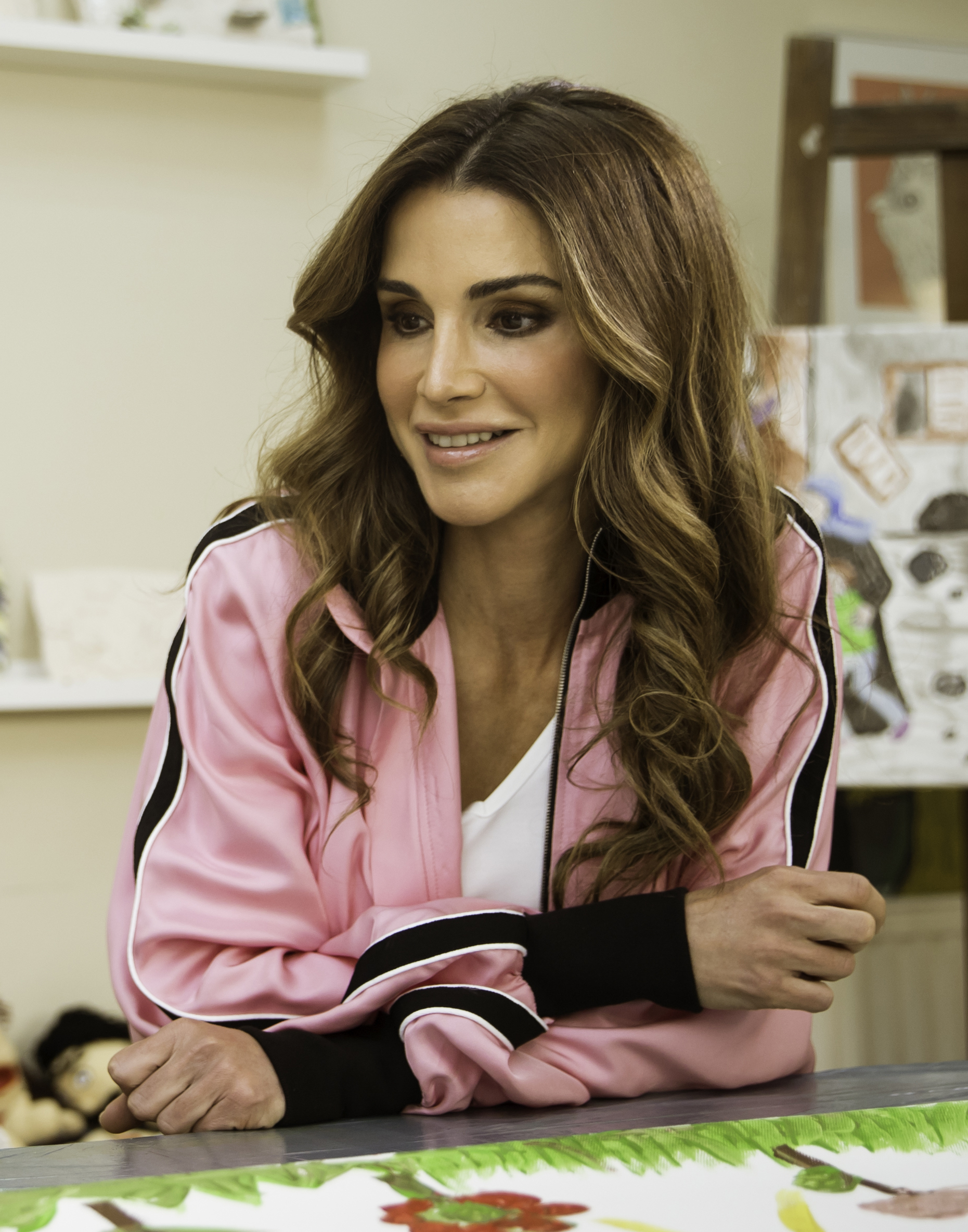 Queen Rania Of Jordan Wikipedia