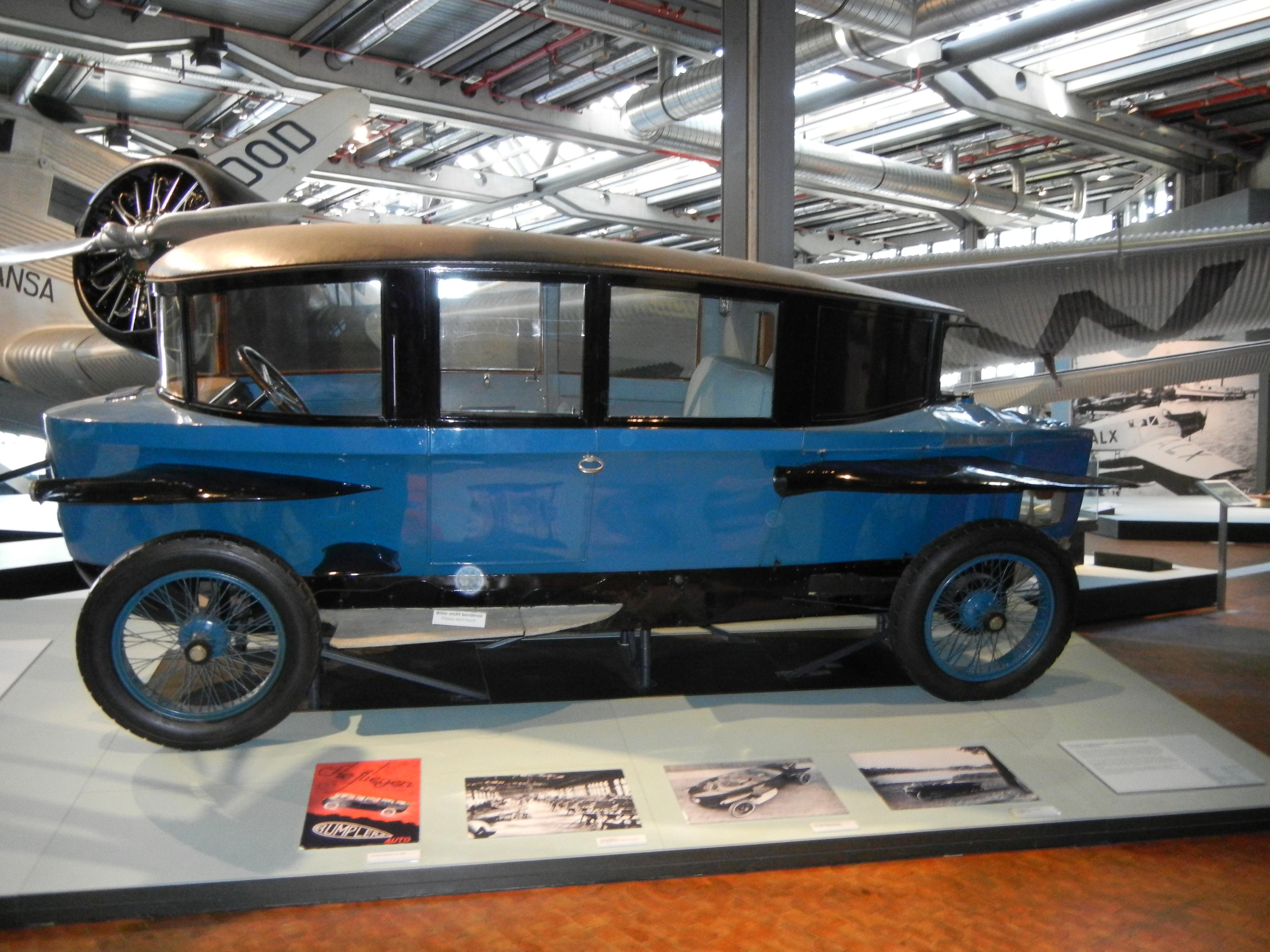 Build Your Toyota >> File:Rumpler-Tropfenwagen.JPG - Wikimedia Commons