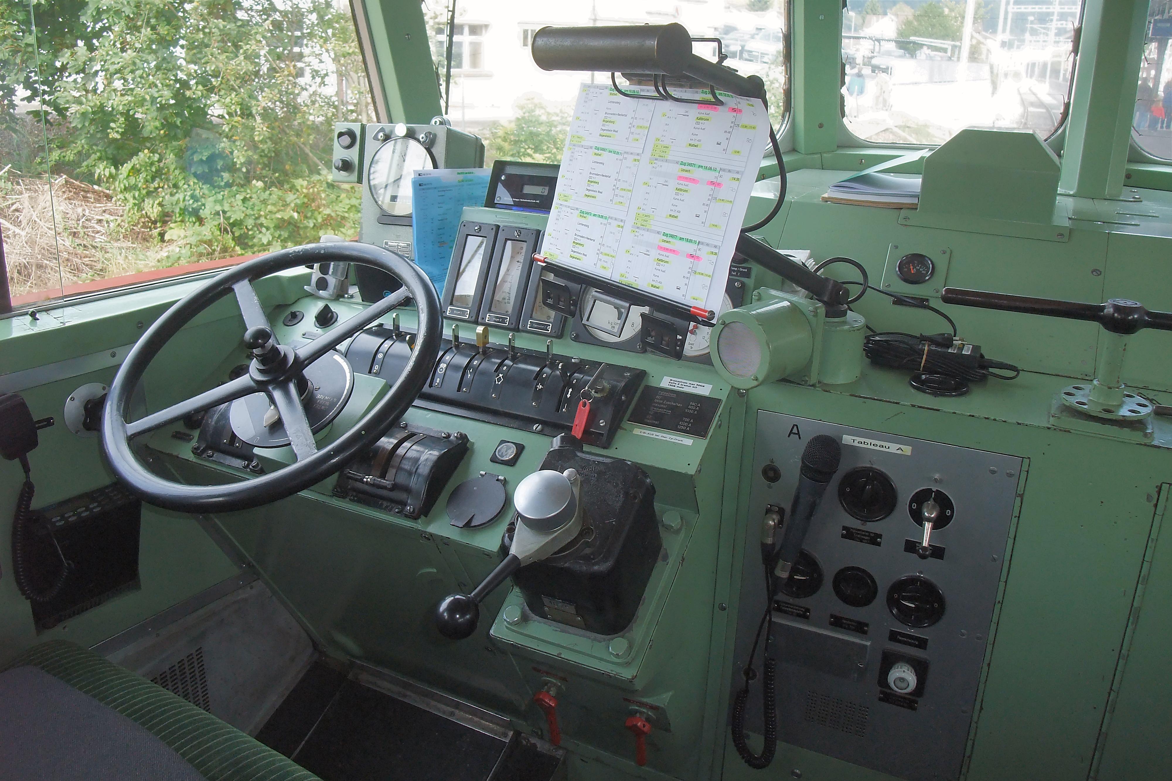 File:SBB RAe 4-8 1021 Driver's Cab (5003296311).jpg