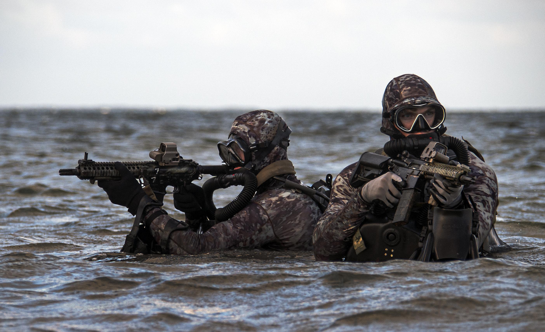 UDT SEAL NAVAL SPECIAL WARFARE GROUP VIETNAM RIVERINE DEPLOYMENT PATCH