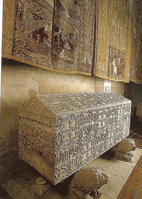 Sepulcro de Doña Blanca de Portugal, nieta de Alfonso X el Sabio, rey de Castilla y León.jpg