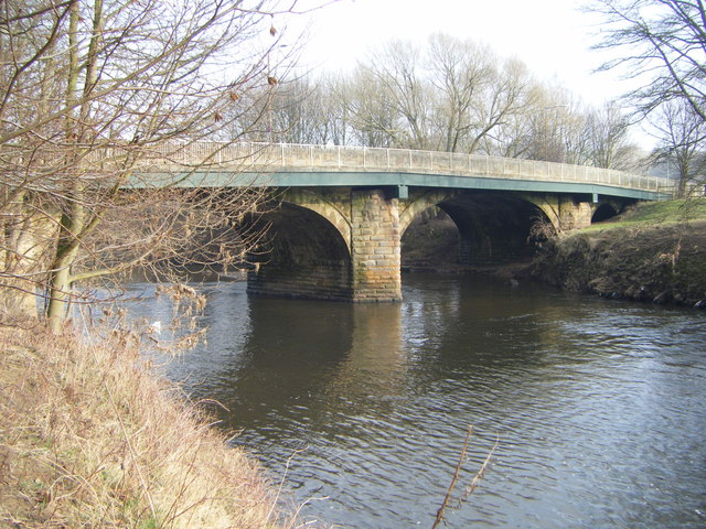 Shincliffe Bridge,River Wear - geograph.org.uk - 1718018