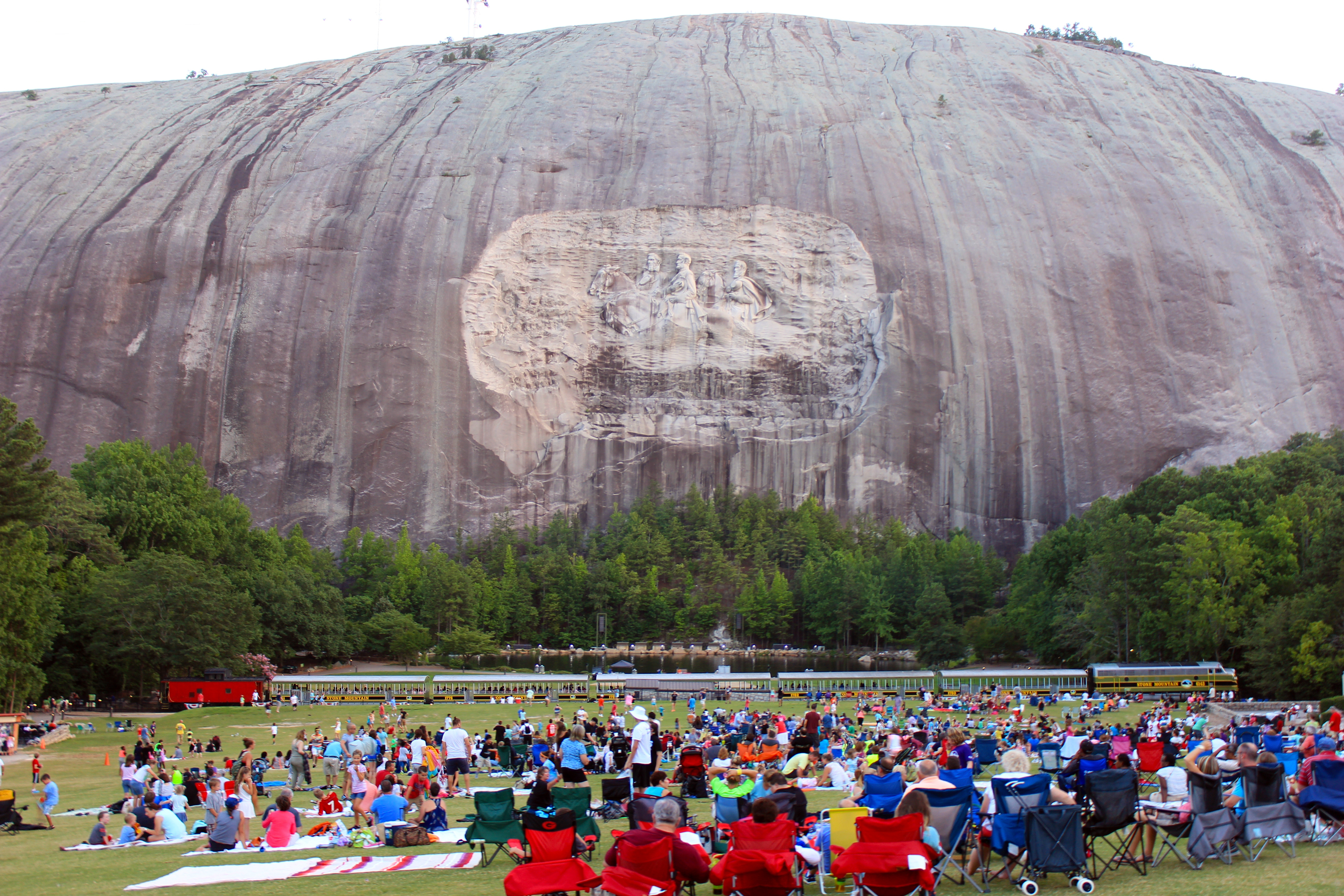 File Stone Mountain The Carving And The Train Jpeg
