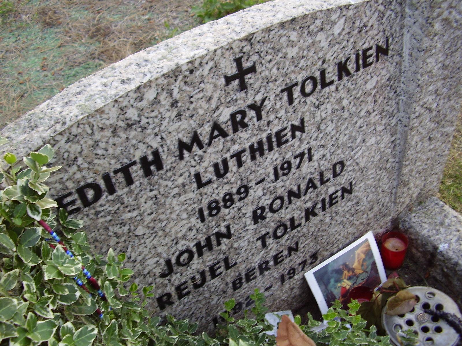 Tolkien's grave.jpg