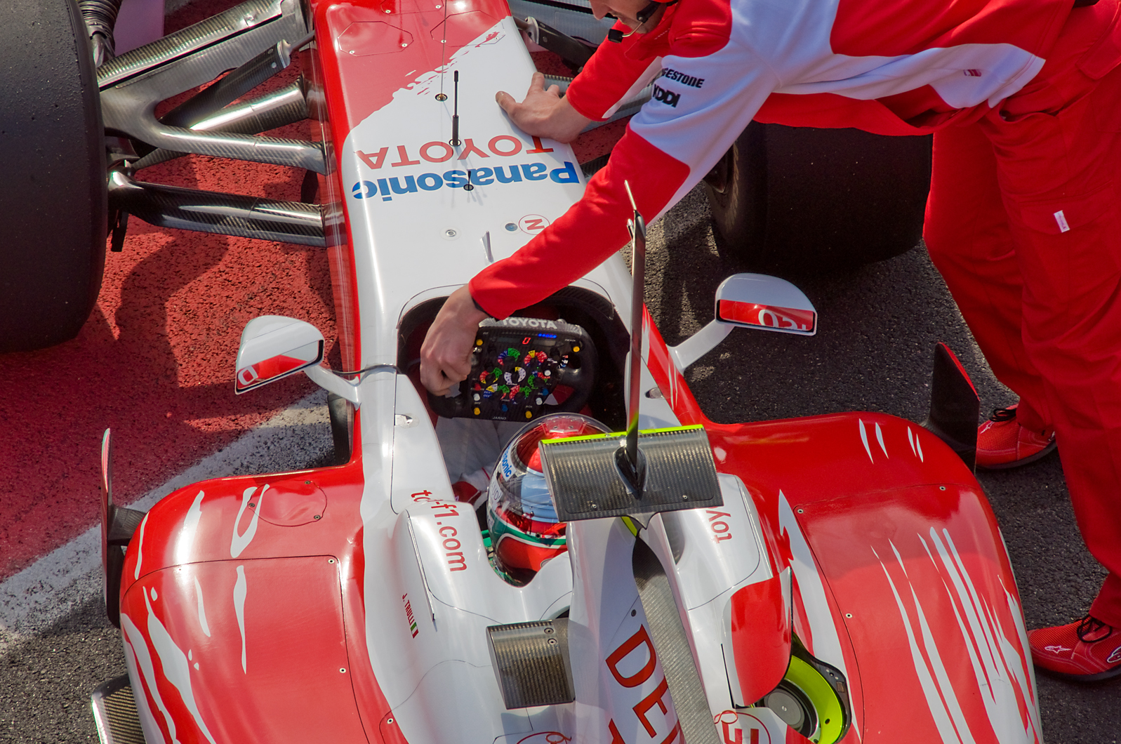 Toyota F1, equipe histórica de Formula 1 de 2009 - by wikimedia.org
