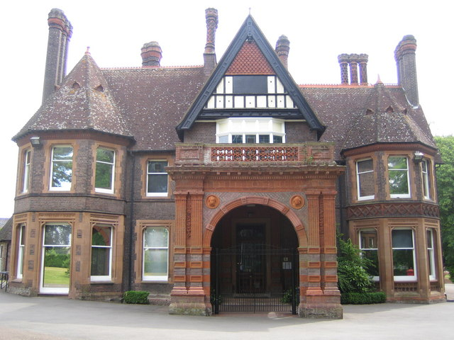 Wardown Park Museum_2