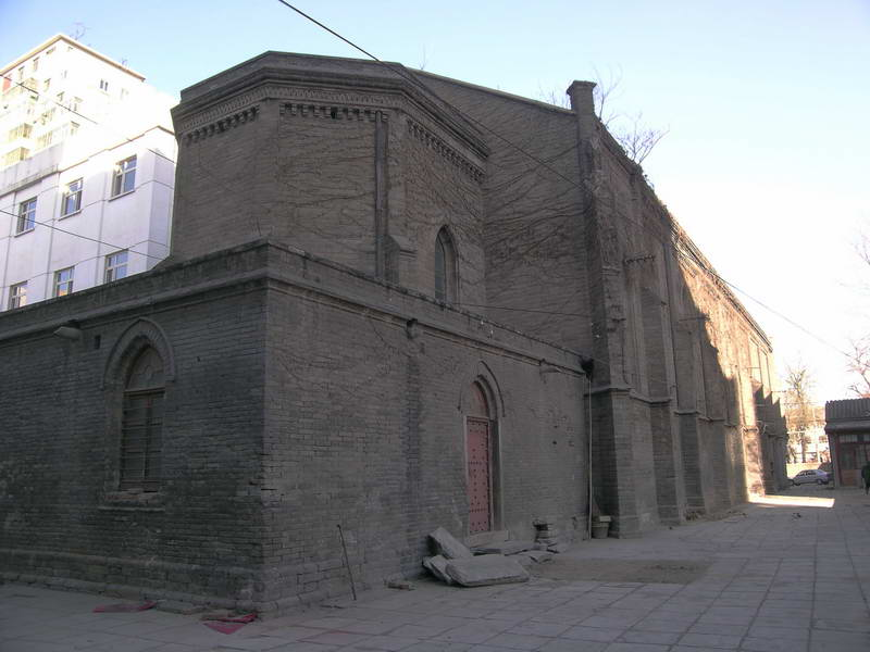 http://upload.wikimedia.org/wikipedia/commons/7/72/Western_church01.jpg