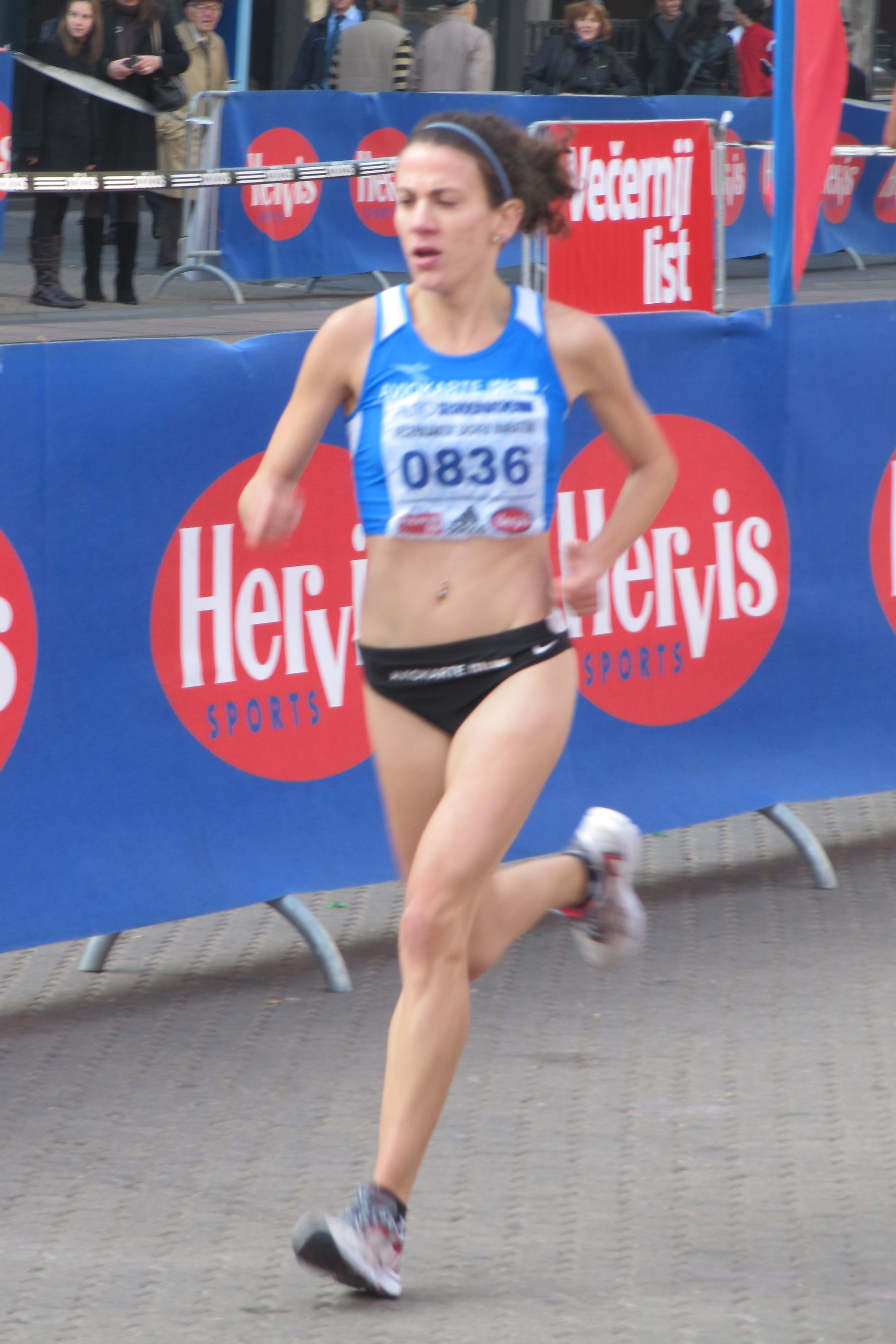 File:Zagreb Marathon Lisa Christina Stublić 20101010 2191 cropped.jpg