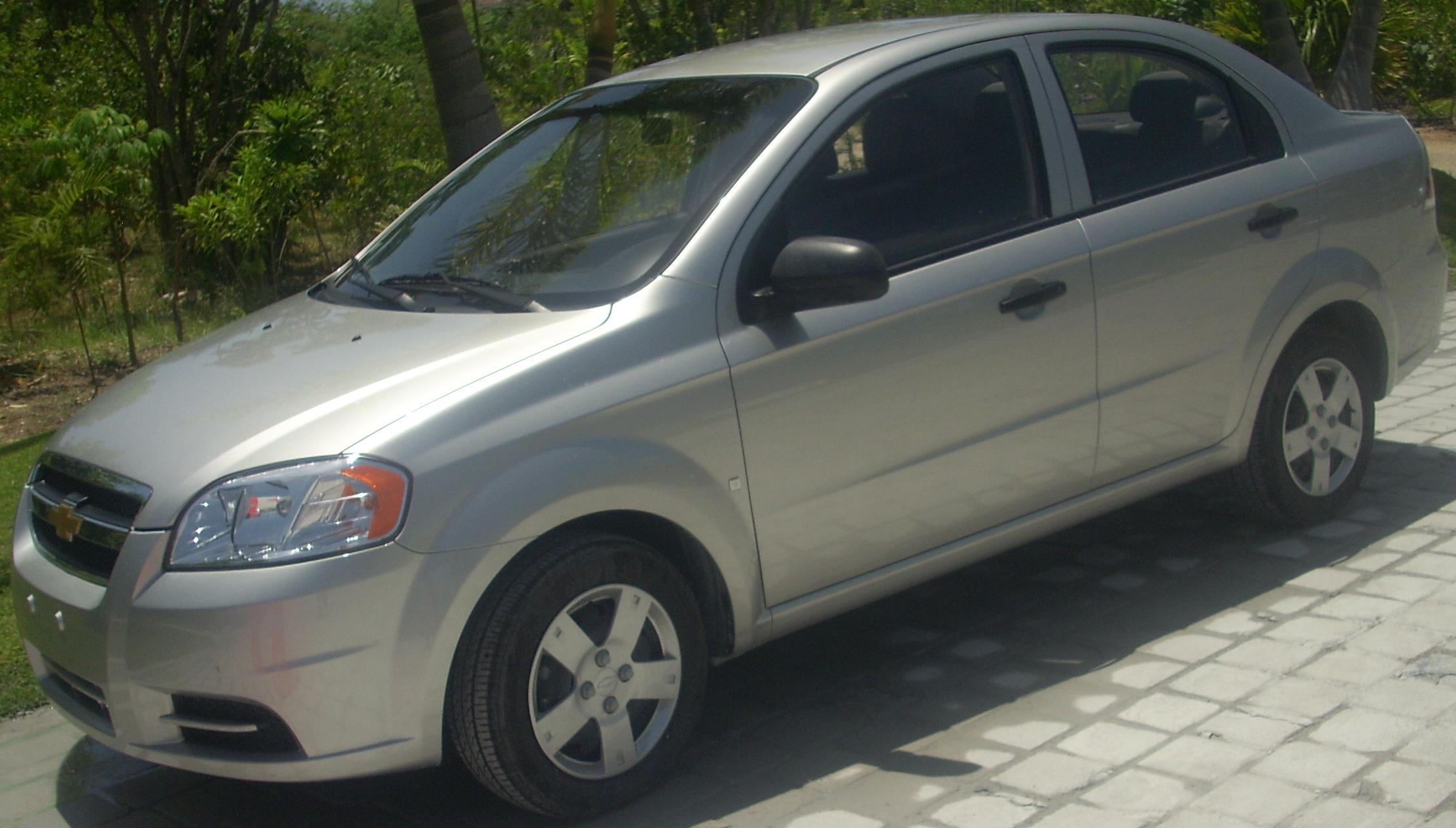 File:'09-'10 Chevrolet Aveo Sedan.jpg - Wikimedia Commons