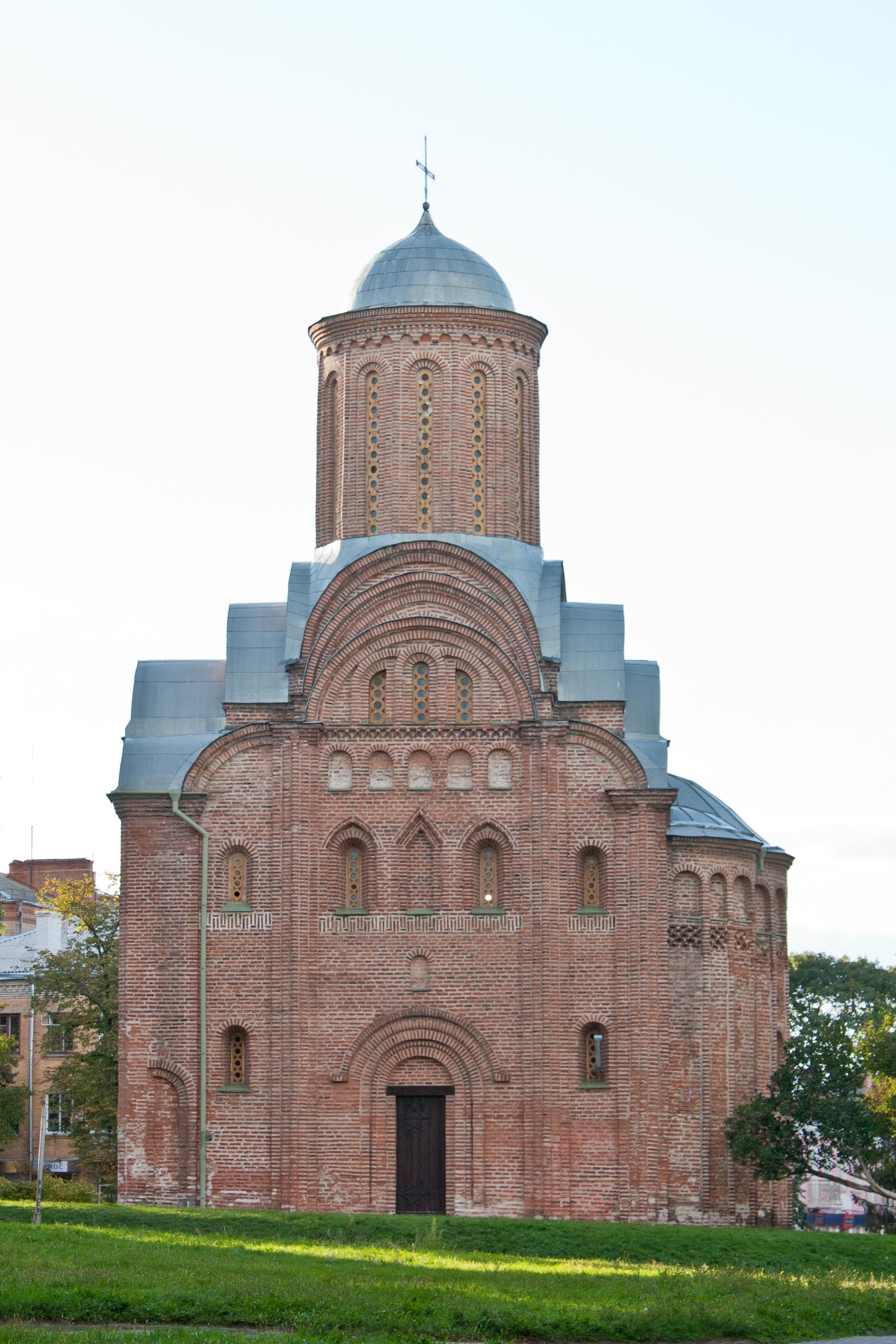 File:П'ятницька церква - Чернігів 3.jpg - Wikimedia Commons